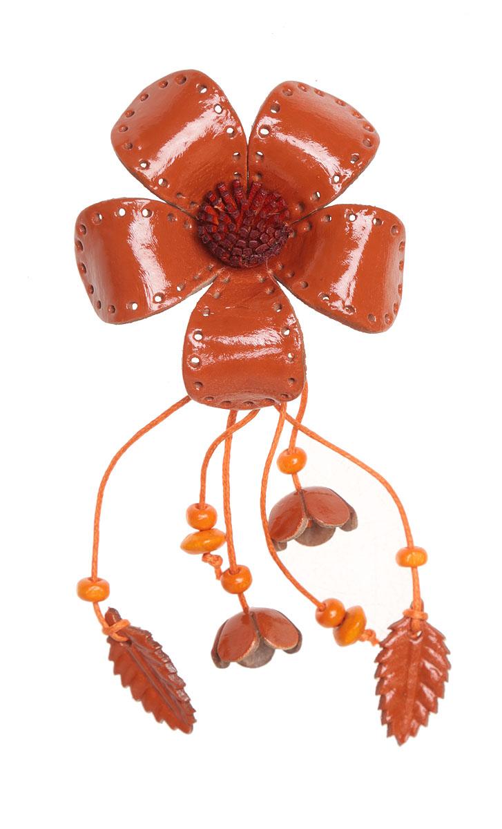 Брошь Осенний цветок. Натуральная кожа, ручная работа. ГонконгБрошь-булавкаБрошь Осенний цветок.Натуральная кожа, ручная работа.Гонконг.Размер - 13 х 6 см.Тип крепления - булавка с застежкой.