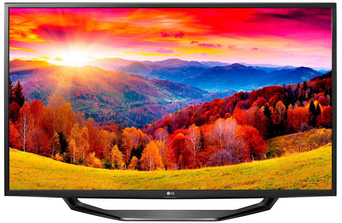 LG 49LH590V телевизор49LH590VСовременный телевизор LG 49LH590V для всей семьи.Металлический дизайн:Оцените обновлённый дизайн корпуса телевизора с металлическими элементами.Triple XD процессор:Новый графический процессор отвечает за качество цветопередачи, уровень контрастности и чёткость изображения.Picture Wizard III:Система точной настройки Picture Wizard III позволяет вам быстро отрегулировать глубину чёрного, цветовую гамму, чёткость изображения и уровень яркости.Virtual Surround Plus:Испытайте эффект объёмного звучания с алгоритмом кинотеатрального распределения звуковой волны.Clear Voice III:Автоматическая система подавления шумов и усиления звучания голоса направлена на отделение основных звуков от фона, что помогает чётко слышать речь актёров и телеведущих.webOS 3.0:Обновлённая операционная система LG SMART TV на базе webOS 3.0 создана для того, чтобы доступ к фильмам, сериалам, музыке и интернет-порталам через телевизор был простым и удобным.