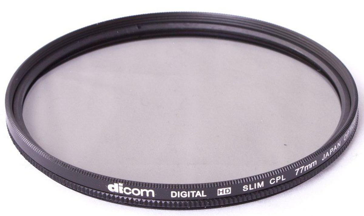 Dicom D-CPLS77 CPL Slim тонкооправный фильтр (77 мм)D-CPLS77Фильтр Dicom D-CPLS77 CPL Slim в металлической ультратонкой оправе толщиной 5,45 мм. Удаляет нежелательные блики и отражения от неметаллических поверхностей (стекло, вода). Повышает насыщенность цвета, позволяя создавать глубокие, объемные кадры. Двухкомпонентная конструкция.