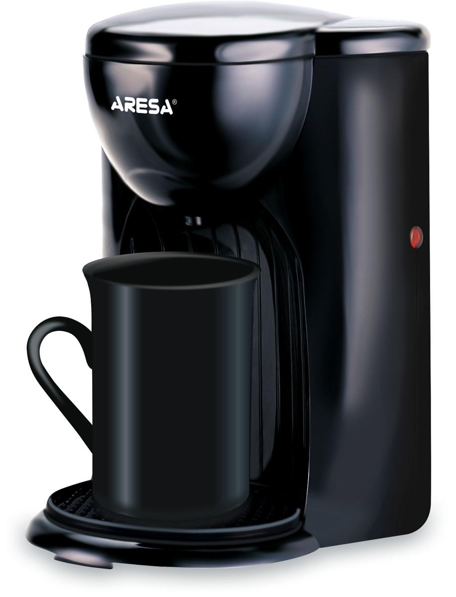 Aresa AR-1605 кофеваркаAR-1605Aresa AR-1605 это компактная и недорогая кофеварка с классическим дизайном в черном цвете и основными возможностями приборов этого типа. Данная модель имеет индикатор уровня воды, а также многоразовый нейлоновый фильтр. В комплект также входят фарфоровая чашка и мерная ложка, которые отлично сочетаются с этой кофеваркой.