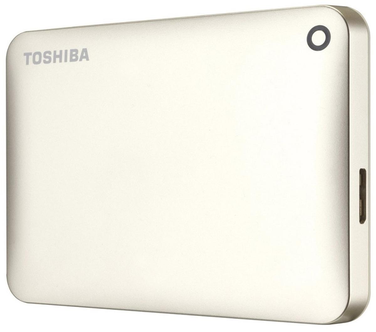 Toshiba Canvio Connect II 500GB, Gold внешний жесткий диск (HDTC805EC3AA)HDTC805EC3AAToshiba Canvio Connect II дает вам возможность быстро передавать файлы с интерфейсом USB 3.0 и хранить большое количество данных на внешнем жестком диске. Устройство полностью готово для работы с Microsoft Windows и не требует установки программного обеспечения, так что ничего не может быть удобнее для хранения всех ваших любимых файлов. В офисе или в дороге его классический дизайн будет всегда уместен. Более того, Toshiba Canvio Connect II позволяет подключаться также и к оборудованию с совместимостью USB 2.0.Этот внешний накопитель обеспечивает доступ к вашим файлам практически из любого места и с любого устройства. Toshiba Canvio Connect II может легко превратить ваш компьютер в облачный сервер благодаря предустановленному ПО для удаленного доступа (накопитель должен быть подключен к компьютеру и Wi-Fi). Помимо удаленного доступа это устройство предоставляет своему владельцу 10 ГБ дополнительного места в облачном сервисе. Программное обеспечение NTI Backup Now EZ обеспечивает удобное и надежное создание резервных копий и восстановление всех ваших папок, файлов и операционной системы.Canvio Connect II оборудован датчиком ударов, сигнал которого переводит головку жесткого диска в безопасное положение, за счет чего снижается риск повреждения носителя и потери данных при падении накопителя. Накопитель имеет уже установленный драйвер NTFS для Mac, поэтому вам не придется волноваться из-за типа вашего компьютера - просто подключите Canvio Connect II и получите доступ к вашим файлам.