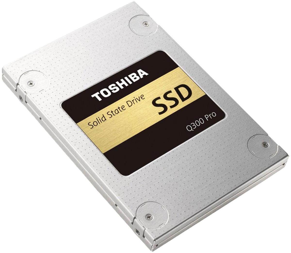 Toshiba Q300 Pro 512GB SSD-накопитель (HDTSA51EZSTA)HDTSA51EZSTAХотите повысить производительность своего компьютера? Для твердотельного накопителя Toshiba Q300 Pro ограничений скорости просто не существует. Вы хотите добиться максимальной производительности в играх, быстрой загрузки системы и прироста скорости при редактировании видео и фотографий? Тогда SSD Toshiba с двухуровневыми ячейками - это ваш выбор. При этом высокая скорость работы не означает, что ваша система станет потреблять больше электроэнергии. В отличие от традиционных жестких дисков у твердотельных накопителей нет механических частей, поэтому они работают бесшумно и отличаются более высокой прочностью. Компания Toshiba всемирно известна качеством и надёжностью своей продукции, поэтому вашим данным абсолютно ничего не угрожает.Благодаря флэш-памяти Toshiba премиум-класса, высокой производительности и надёжности твердотельный накопитель Q300 Pro может разогнать потенциал любого ноутбука или ПК до максимума.В твердотельном накопителе Q300 Pro используется скоростная и надёжная флэш-память с двухуровневыми ячейками. Благодаря адаптивной технологии SLC-кеширования накопитель может работать как диск с одноуровневыми ячейками, что повышает скорость реагирования системы. При этом вы сохраняете все преимущества высокой плотности записи накопителей с двухуровневыми ячейками.Скорость - это прекрасно, но скорость и долговечность ещё лучше. Именно поэтому Toshiba заложила в Q300 Pro максимальный запас прочности. Безопасность ваших данных - самая важная задача для Toshiba. В накопителе Q300 Pro используется технология коррекции ошибок Quadruple Swing-By Code (QSBC), которая позволяет обнаруживать и исправлять ошибки непосредственно в процессе работы. Уникальное сочетание технологий QSBC и patrol read, которая непрерывно проверяет данные на появление ошибок, позволяет сохранить максимальный уровень целостности информации.Технология Zeroing Trim заранее удаляет ненужные сохранённые на накопителе данные, что позво