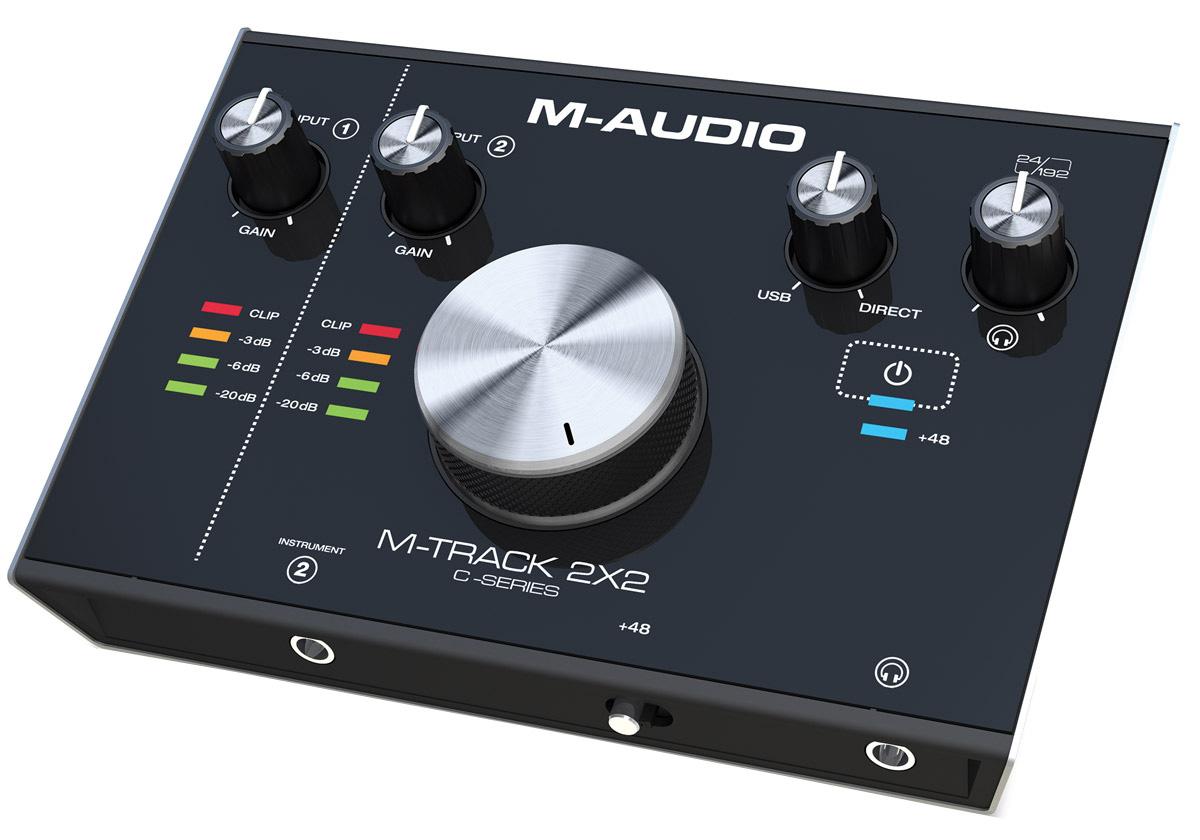 M-Audio M-Track 2X2, Black аудиоинтерфейсM-Track 2X2M-Audio M-Track 2X2 — это высокоскоростной 24-битный аудио интерфейс с 2 входами, 2 выходами и наличием высококачественного предусилителя, а также исключительной производительностью аудио-входов. Этот интерфейс идеально подходит для целей мониторинга и записи в студийном качестве. Устройство имеет два комбинированных XLR / TRS входа, 2 инструментальных входа и 5-контактный MIDI In / Out для подключения внешней MIDI-передачи. Высокоскоростной USB-аудио интерфейс является идеальным решением для мониторинга микса и записи с нулевой задержкой.Высококачественные предусилители24-битное разрешение с частотой дискретизации 192 кГцПрочный металлический корпусЛегкий и компактныйФункция прямого мониторинга2 регулятора гейна48 В переключаемое фантомное питание