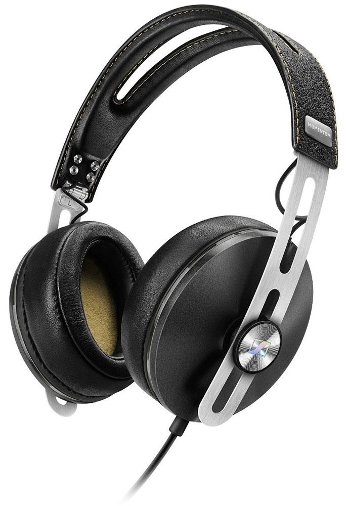 Sennheiser Momentum 2.0 Around-Ear (S), Black наушники506266Наушники второго поколения Sennheiser Momentum 2.0 Around-Ear отличаются повышенным комфортом, складной конструкцией и односторонним сменным кабелем с пультом управления и микрофоном. Sennheiser Momentum 2.0 оснащены новыми 18-омными преобразователями Sennheiser, которые гарантируют полное, детальное звучание и широкую звуковую картину.В наушниках используются амбушюры новой, ассиметричной конструкции из роскошной мягкой кожи для лучшего комфорта и снижения влияния окружающего шума.