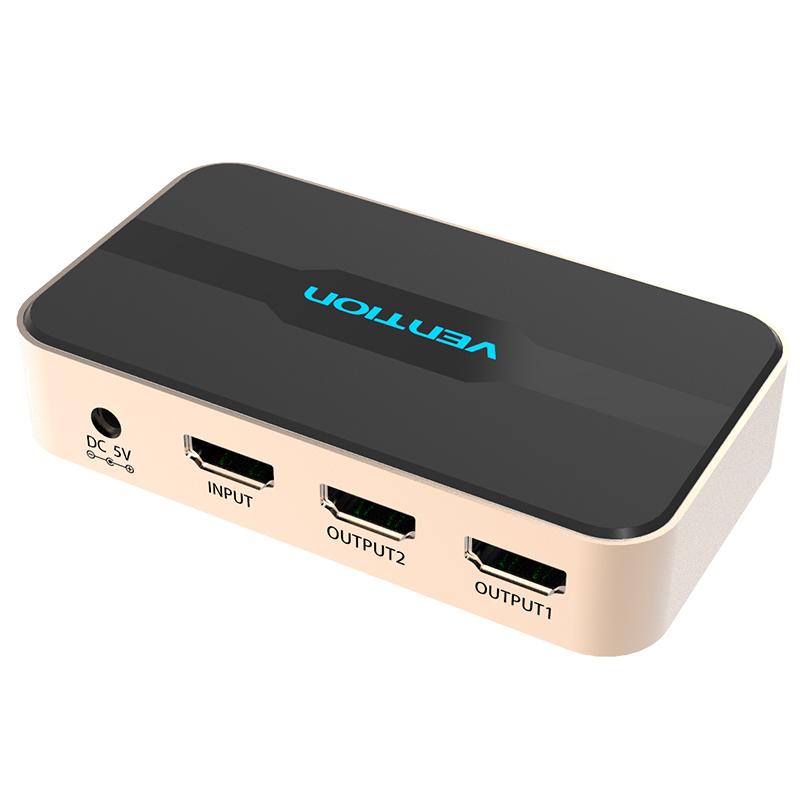 Vention ACBG0 HDMI 19F/2x19F разветвитель-сплиттер на 2 монитораACBG0HDMI разветвитель Vention ACBG0 HDMI 19F/2x19F предназначен для передачи цифрового аудио и видео HDMI сигнала от одного HDMI-источника (Компьютер, медиаплеер, DVD-проигрыватель, ноутбук и т.д.) одновременно на 2 устройства с входом HDMI (телевизор, плазменная панель, проектор, монитор и т.д.). Разветвитель также усиливает передачу сигнал до 25 метров, что позволяет использовать кабель большей длины. До 15 м. от источника до разветвителя и до 10 м. от разветвителя до дисплея.Продукция соответствует следующим сертификатам: RoHS, CE, FCC, TIA, ISO