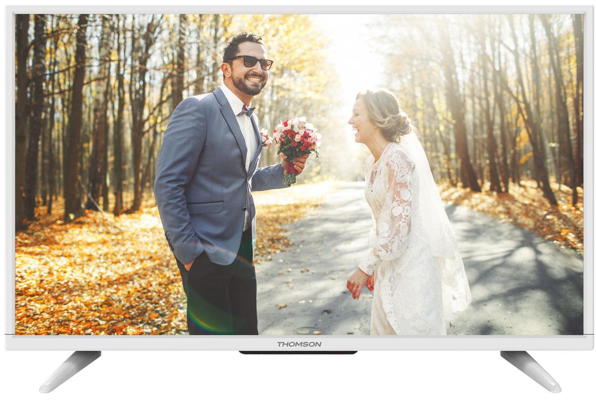 Thomson T40D16SF-01W телевизорThomson T40D16SF-01WThomson T40D16SF-01W - идеальный выбор для тех, кто ищет стильный ЖК-телевизор с ярким качественным экраном, обладающий востребованными функциями.Дисплей выполнен с применением технологии D-LED, что улучшает качество картинки и повышает энергоэффективность. Телевизор способен принимать сигнал цифрового телевидения DVB-T2 без дополнительного тюнера.Еще одно существенное преимущество модели - возможность воспроизведения файлов с USB-накопителей, благодаря которым можно просматривать видео с внешних носителей без использования видео-плеера. Имеются 3 HDMI-входа, благодаря которым к телевизору могут подключаться современные устройства, поддерживающие разрешение высокой четкости.Thomson T40D16SF-01W обладаетрядом функций, позволяющих добиться наилучшего качества картинки и звука. В их числе шумоподавление и динамический контраст. Кроме того, телевизор оснащен удобной функцией TimeShift, благодаря которой при условии подключения к ТВ USB-накопителя, телевизионные трансляции можно ставить на паузу.В комплекте с телевизором поставляется устойчивая настольная подставка, а на задней панели предусмотрено стандартное крепление VESA 400 x 200 мм.Яркость: 220 кд/м2Контрастность: 3000:1Соотношение сторон экрана: 16:9Время отклика: 6,5 мсУгол обзора по горизонтали / вертикали: 178/178 градусов