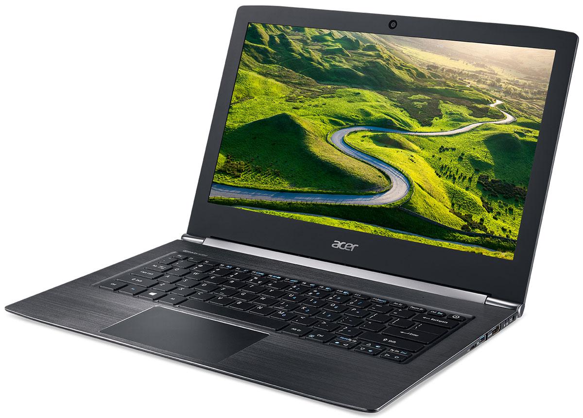 Acer Aspire S5-371-59PM, BlackS5-371-59PMТонкий корпус и нанопечатный узор придают ноутбуку Acer Aspire S5-371-59PM элегантный вид.Впечатляющая автономность, высокоскоростной порт USB Type-C и технология MU-MIMO с конфигурацией 2x2 выводят работу на ноутбуке на новый уровень.Толщина Aspire S5 составляет всего 14,6 мм, что делает его самым тонким среди ноутбуков с диагональю 13 дюймов в своем классе. Сверкающие грани и металлическое обрамление придают ноутбуку стильный вид, притягивающий взгляды. Нанопечатная литография с затейливыми узорами — это экологически чистый способ украсить экстерьер ноутбука.11 часов автономной работы позволяет пользоваться Aspire S5 целый день, забыв о поисках розетки.Порт USB 3.1 Type-C поддерживает сверхбыструю передачу данных, а через порт USB 3.0 вы сможете заряжать свои устройства, например телефон, когда ноутбук выключен.Оцените 3-кратное увеличение скорости беспроводного подключения благодаря технологии MU-MIMO с конфигурацией 2x2.Благодаря разрешению Full HD и современным аудиотехнологиям ноутбук Aspire S5 обеспечивает непревзойденные возможности для развлечений.Точные характеристики зависят от модели.Ноутбук сертифицирован EAC и имеет русифицированную клавиатуру и Руководство пользователя.