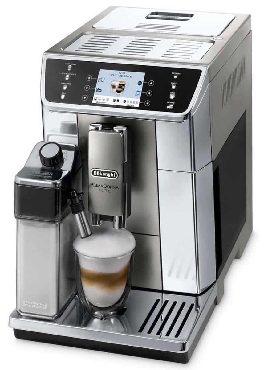 DeLonghi PrimaDonna Elite ECAM650.55.MS кофемашина0132217029Наслаждайтесь простотой использования и функциональностью уникальных кофемашин DeLonghi Primadonna Elite.Идеальное сочетание динамичного дизайна, уникальных технологий приготовления кофе и простоты использования. PrimaDonna Elite - это новое поколение автоматических кофемашин DeLonghi, способных удовлетворить желания самого взыскательного любителя кофе.Кофемашина PrimaDonna Elite воплощает в себе весь накопленный опыт, ноу-хау и технологии от мирового лидера среди кофемашин для приготовления эспрессо.Мелкий равномерный помол является обязательным условием получения наилучшего вкуса и аромата. Стальные кофемолки конической формы от компании DeLonghi настраиваются со 100% точностью и проходят проверку, чтобы обеспечивать получение безупречного помола. Степень помола регулируется вручную в соответствии с вашими личными предпочтениями и особенностями кофейного бленда.Обязательным условием получения и сохранения истинного вкуса и аромата свежемолотого кофе является правильная температура приготовления в диапазоне 88°– 96°. Кофемашина DeLonghi Primadonna Elite оборудована термоблоком, отвечающим за нагрев воды для приготовления кофе. Передовая электронная система обеспечивает точность достижения оптимальной температуры заваривания.Заварочный блок дозирует и прессует измельченный кофе, как профессиональный бариста. Благодаря оптимальному давлению помпы (9-12 бар) каждый цикл заваривания обеспечивает получение превосходного насыщенного ароматного кофе. Запатентованный заварочный блок от компании DeLonghi имеет регулируемую камеру, которая позволяет работать с различным объемом перемолотого кофе, что обеспечивает получение изумительного напитка. Данный блок может заваривать две чашки кофе одновременно при достижении неизменно высокого результата.Кофемашиной PrimaDonna Elite можно управлять через приложение Coffee Link и создавать новые рецепты при полной свободе действий. Также, приложение Coffee Link предоставляет 