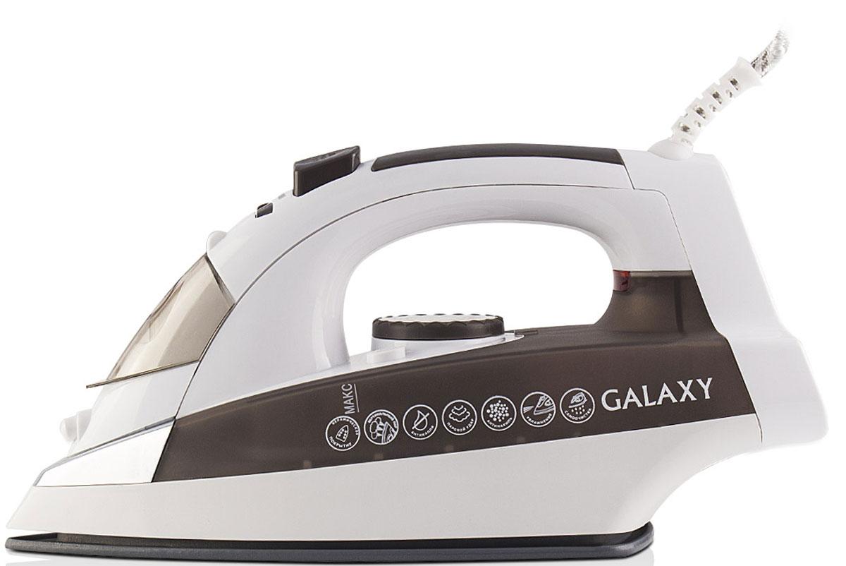 Galaxy GL 6117 утюг4630003367037Современный утюг Galaxy GL 6117 облегчает уход за одеждой и безусловно порадует вас своими поистине безграничными возможностями. Ультрагладкая подошва утюга GL 6117 с керамическим покрытием обеспечивает идеальное скольжение и избавит ваши вещи даже от самых сложных складок.Прибор обладает всеми необходимыми характеристиками для отличного результата: сухое глажение, отпаривание с регулировкой, функция разбрызгивания, возможность вертикального отпаривания. Модель оснащена функциями парового удара и самоочистки, а также системами антикапля и антинакипь. Сетевой шнур длиной 2 метра крепится при помощи шарового механизма, что не позволяет ему запутаться во время эксплуатации.Силиконовый уплотнитель крышки резервуараИндикатор нагрева