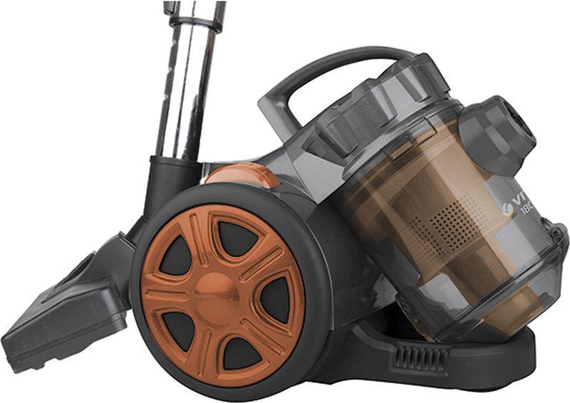 Vitek VT-8115 OG пылесосVT-8115(OG)Пылесос Vitek VT-8115 OG предназначен для сухой уборки в помещениях с различными покрытиями. Прибор оснащен большим контейнером для сбора пыли. Такой пылесборник легко очистить - достаточно просто высыпать содержимое в мусорное ведро. Система Мультициклон обеспечивает максимальную мощность всасывания в процессе уборки.