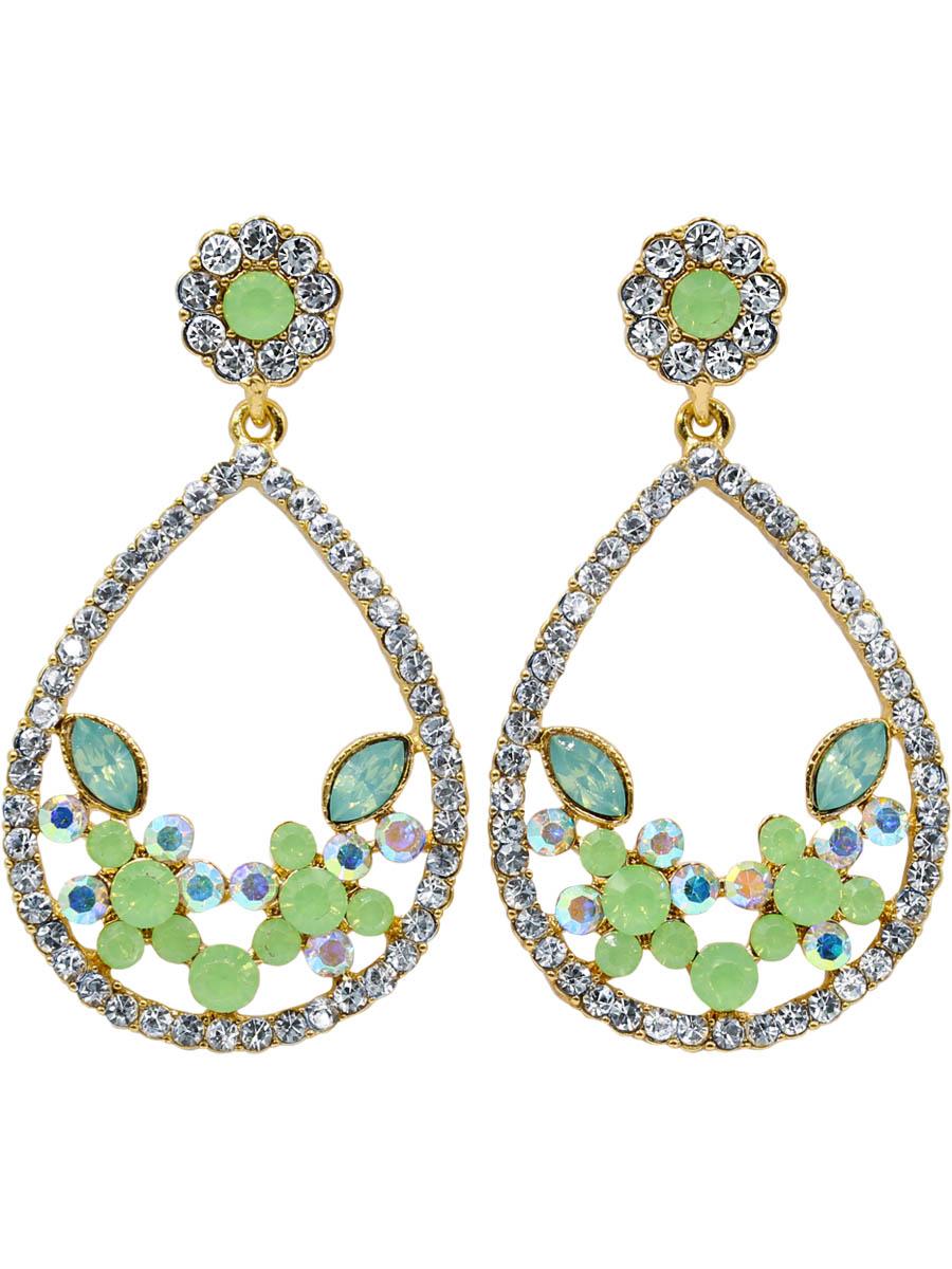 Серьги Taya, цвет: светло-зеленый. T-B-12260-EARR-LT.GREENСерьги с подвескамиСерьги-гвоздики с заглушкой металл-пластик изготовлены из бижутерного сплава. Нежное женственное украшение с мятными матовыми камнями. Форма сережек достаточно крупная, но за счет цвета кристаллов и мягких округлых форм они выглядят элегантно.