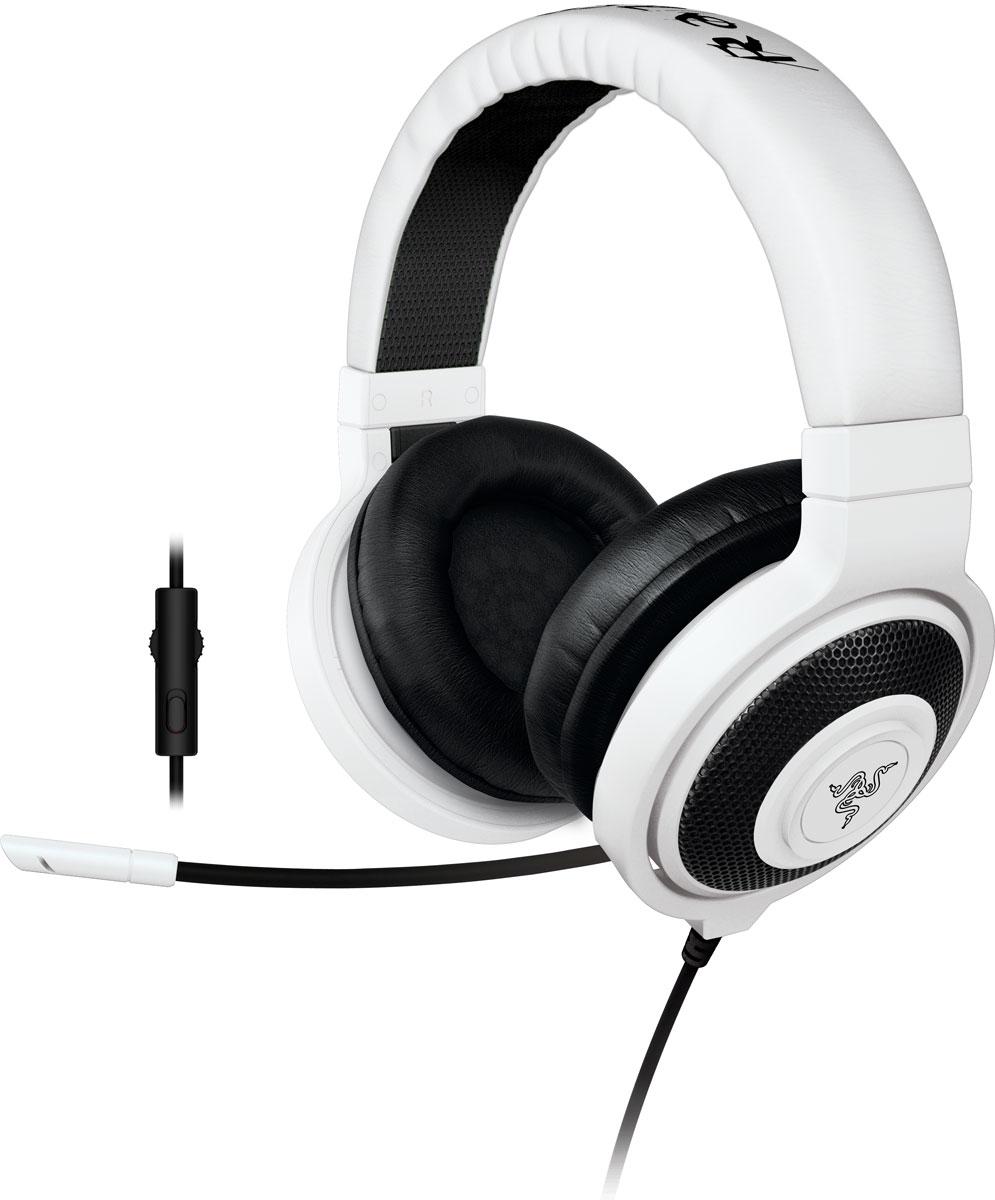 Razer Kraken Pro 2015, White игровые наушникиRZ04-01380300-R3M1Идеальное сочетание веса, практичности и качества, Razer Kraken Pro 2015 без сомнений является самой удобной игровой гарнитурой.Помимо высокого удобства носки, Razer Kraken Pro 2015 обладает полностью выдвижным микрофоном, встроенным колесиком регулировки громкости и кнопкой отключения микрофона, что максимально облегчает ее использование. Благодаря высококачественным динамикам большого размера эта полноразмерная гарнитура обеспечивает захватывающий игровой звук в течение многих часов. Разделительный кабель для комбинированного разъема на 3,5 мм обеспечивает поддержку микрофона на мобильных устройствах, а также возможность полноценного подключения к вашим игровым устройствам. Поэтому где бы вы не находились, вам никогда не придется менять гарнитуры.Игровая гарнитура Razer Kraken Pro, как и Razer Electra, была протестирована профессиональными геймерами и спортсменами, чтобы мы могли подобрать оптимальный вес для долгих игровых сессий и максимально комфортного использования ее в дороге.Гарнитура Razer Kraken Pro оснащена встроенным пультом управления, с которым вы сможете регулировать уровень громкости и отключать микрофон без необходимости использования внешних приложений. Полностью выдвижной микрофон выдвигается из левой чашки наушников в любой момент, и его гибкая конструкция позволяет вам свободно регулировать его положение, когда это необходимо. Он всегда под рукой и когда вы отдаете стратегические приказы в игре, и когда вы звоните друзьям.Гарнитура Razer Kraken Pro снабжена большими 40 мм динамиками с неодимовыми магнитами, для кристально чистого звучание музыки в высоких и средних диапазонах частот с сочными глубокими басами. Закрытая конструкция наушников создает идеальную звукоизоляцию и позволяют полностью сосредоточиться на игре или разговоре, не отвлекаясь на посторонние звуки.Микрофон:Гибкий, выдвижной, полностью убирается в чашку наушниковЧастотные характеристики: 100-10000 ГцСоотношение сиг
