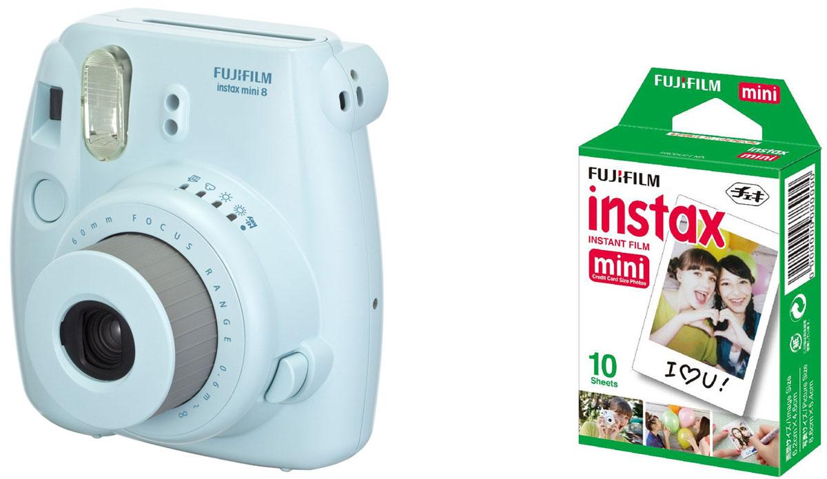 Fujifilm Instax Mini 8, Blue фотокамера мгновенной печати +ColorfilmInstaxMiniGlossy (10/PK) картридж16427729Камера с технологией моментальной печати Fujifilm INSTAX Mini 8 позволяет печатать фотографии размера визитной карточки сразу после съемки.Обладая теми же конструктивными и эксплуатационными характеристиками, что и INSTAX mini 7S, INSTAX mini 8 примерно на 10% меньше mini 7S по объему корпуса. Процесс кадрирования стал проще благодаря видоискателю, который передает четкую картинку в реальном времени (даже при съемке под углом) и отличается более наглядной центральной меткой. К функциям съемки добавлен режим High-key - повышение диафрагмы на 2/3 ступени. Чтобы сделать фотографию с яркими и мягкими цветами, которые так полюбились девушкам, достаточно прокрутить диск в режим High-key.С момента своего выхода в свет в 1998 году камера INSTAX mini стала очень популярной благодаря простому управлению, остроумному дизайну и удивительному качеству снимков. Судя по тому, насколько распространен в наше время обмен цифровыми фотографиями, способов делиться любимыми снимками со временем определенно будет становиться больше. На волне этого тренда люди вновь оценили всю прелесть фотоаппаратов с технологией моментальной печати, ведь они позволяют тут же отдать готовую фотографию, например, другу. Камеры Instax можно использовать в самых различных ситуациях: на свадьбах и на вечеринках, для обычной съемки и для автопортретов. Причина популярности INSTAX среди девочек-подростков и женщин до 20 лет, для которых пленочные фотографии уже в диковинку, - это яркие и мягкие цвета полученных снимков.Камеры INSTAX mini 8 представлены в пяти цветовых вариантах - самое большое количество цветов в серии INSTAX. Покупатели могут выбрать не только стандартный белый или черный цвет, но и популярные среди женщин пастельные тона розового, голубого и желтого цвета.Используемая фотопленка: Fujifilm Instax MiniРазмер фотопленки: 86 мм х 54 ммРазмер снимка: 62 мм х 46 ммДиапазон фокусировки: от 0