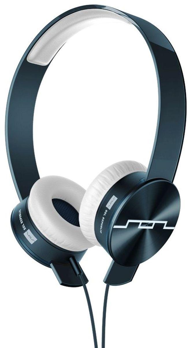 Sol Republic 1261-00 Tracks Ultra Mfi наушники1261-00Наушники Sol Republic 1261-00 Tracks Ultra Mfi это сочетание превосходного звука, стиля и технологий. Благодаря оригинальной конструкции Tracks Remix Вы можете заменять все элементы наушников - динамики, оголовье или кабель - подбирая наиболее соответствующий вашему стилю или настроению вариант. Команда Sol Republic разработала динамики V10 sound engine, которые порадуют вас звучанием высокого разрешения с глубокими басами и кристально чистой передачей вокала. Мягкие амбушюры SonicSoft обеспечивают хорошую звукоизоляцию и сохраняют комфорт на протяжении долгих часов прослушивания.