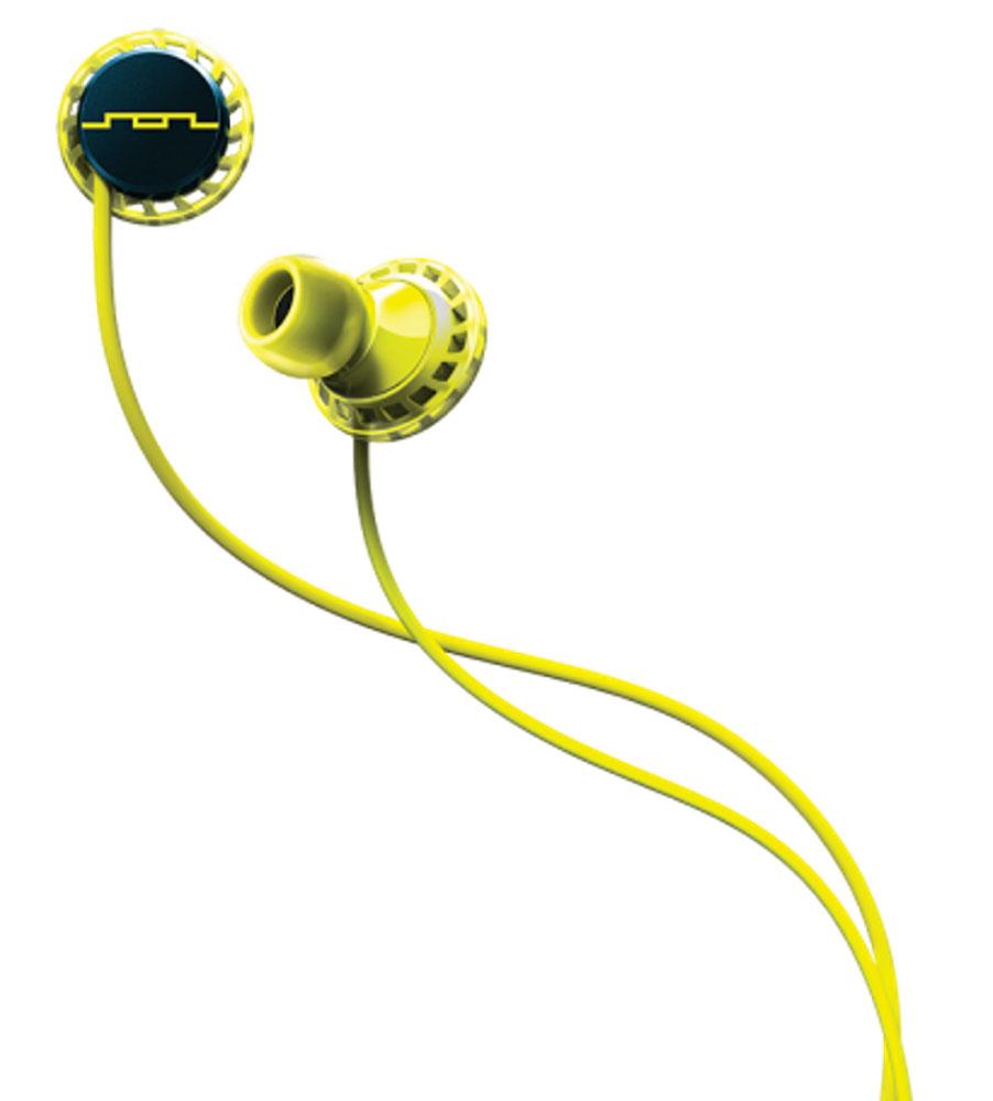 Sol Republic 1131-40 Relays Mfi, Lemon Lime наушники1131-40Sol Republic Relays Mfi - это внутриканальные динамические наушники от Sol Republic c технологией FreeFlex, предлагающей специальную комфортную форму наушника, который легко вставляется и не выпадает даже при занятиях спортом. Благодаря динамическим излучателям i5 Sound Engines, наушники отличаются качественным звучанием на всём широком частотном диапазоне Сильные и не размытые низкие частоты придают звуку динамичности и не подавляют остальные частоты - такие наушники подойдут практически для любого жанра музыки.