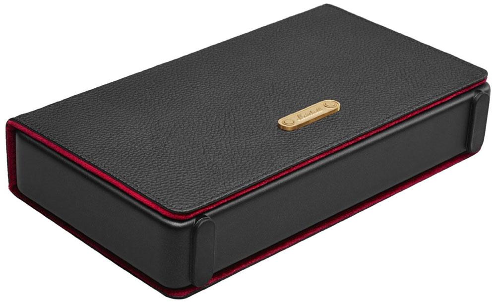 Marshall Stockwell Case, Black Red чехол для портативной акустической системы15118378Чехол Marshall Stockwell Case предназначен для беспроводной акустической системы Marshall Stockwell. Он изготовлен из экокожи черного цвета с красной мягкой замшевой подкладкой внутри. Может превращаться в удобную подставку.