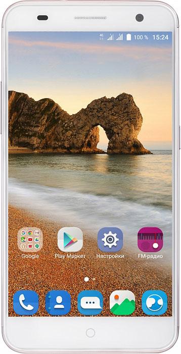 ZTE Blade V7, RoseBLADE.V7.ROСмартфон Blade V7 порадует сочетанием высокой производительности процессора, прочного стильного металлического корпуса и продвинутого функционала.Благодаря восьмиядерному процессору MediaTek MT6753 с тактовой частотой 1,3 ГГц смартфон работает чрезвычайно шустро. Пользователю обеспечены быстрый запуск и уверенная работа практически любых приложений, а также плавное воспроизведение видео.Смартфон имеет 5,2-дюймовый дисплей с разрешением 1920х1080 пикселей. Он достаточно яркий, не вынуждает владельца напрягать глаза, обеспечивает четкое, разборчивое изображение и экономно расходует энергию аккумулятора.ZTE Blade V7 оснащен двумя камерами - основной и фронтальной. Основная предназначена для фото- и видеосъемки, для этого у нее есть 13-мегапиксельная матрица, автофокус и светодиодная вспышка, благодаря чему владелец может снимать фото и видео, которыми не стыдно поделиться с окружающими. Фронтальная 8-мегапиксельная камера предназначена для видеосвязи, также с ее помощью можно снимать яркие и необычные селфи.Телефон сертифицирован EAC и имеет русифицированный интерфейс меню, а также Руководство пользователя.