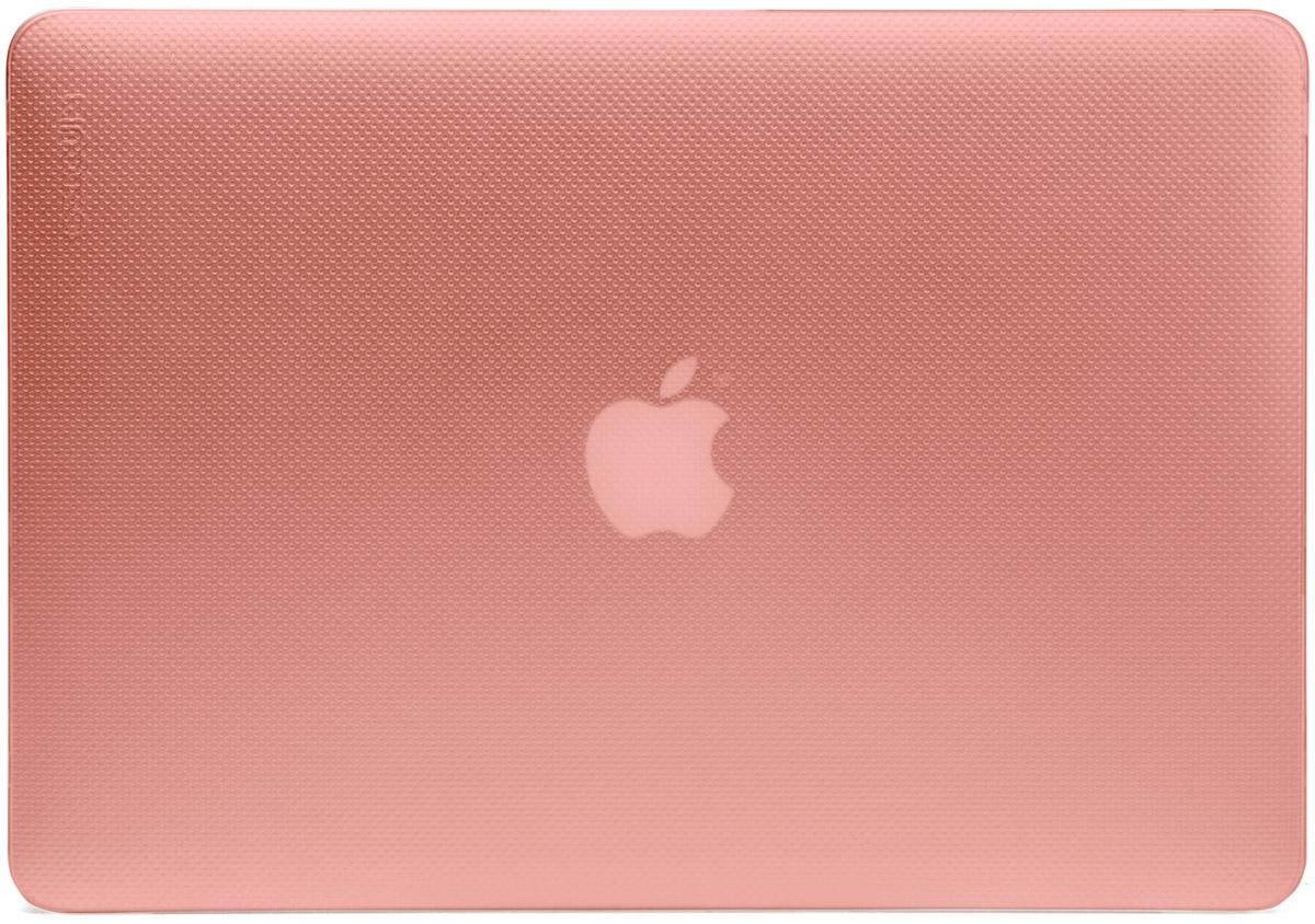 Incase Hardshell Case Dots чехол для Apple MacBook Pro Retina 15, Rose QuartzCL90054Защитите свой MacBook и украсьте его в своём стиле с помощью лёгкого облегающего футляра Hardshell Case Dots от Incase. Он обеспечивает полную защиту, не закрывая доступ к разъёмам, индикаторам и кнопкам. Этот прочный футляр для MacBook выполнен в элегантном стиле. Благодаря литой конструкции и прорезиненным ножкам ноутбук хорошо зафиксирован на месте и не нагревается. Имеет вентиляционные отверстия для отвода тепловыделения.