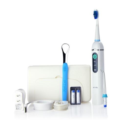 Ирригатор полости рта Jetpik JP200-TravelJA05-105-02Ирригатор полости рта Jetpic JP200-Travel сочетает в себе очищающее действие зубной нити (смарт-флосса), воды и воздуха. В ирригатор добавлена функция звуковой зубной щетки. Легкий в использовании, очень эффективный и экономит время Здоровые десны и чистые зубы уже через 7 дней. Клинически доказано, что удаляет до 99% зубного налета. Инновационная комбинация давления воды и пульсирующей флосс- системы (20-25 колебания в сек) удаляет остатки пищи глубже и быстрее, между зубами и ниже линии десен, в труднодоступных местах вокруг брекетов, между зубными имплантатами и коронками. Пульсирующая под давлением воды смарт флосс- система создает дополнительную силу трения. Лабораторно доказано что JETPIK на 240% более эффективно удаляет зубной налет и биопленку, чем обычные водные ирригаторы. Эффективный, безопасный и простой в использовании. Идеально подходит для тех, кто с имплантатами, коронками, брекет-системами, мостовидными протезами, пародонтальными карманами. Портативный и компактный - по размерам не больше электрической зубной щетки, благодаря встроенной литиевой батарее заряжается как мобильный телефон через базовое зарядное устройство или USB разъем. Как жидкость для ирригации можно использовать не только воду, но и лечебные растворы. Удобный специальный стакан JETPIK или любая емкость подойдет как резервуар, благодаря портативной силиконовой клипсе JETPIK, которая идет в комплекте с набором. Мощность 200-550 кПа.