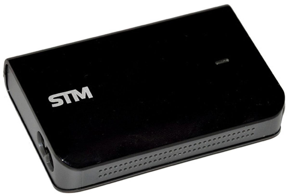STM MLU70 адаптер питания для ноутбуков (70 Вт)STM MLU70Адаптер питания STM MLU 70 – компактное универсальное устройство, с помощью которого можно подключить ноутбук к сети, чтобы обеспечить его работу и подзарядить аккумулятор.Блок питания можно не только использовать дома или в офисе, но и брать с собой в командировки или путешествия. Он совместим со многими популярными моделями ноутбуков, а разъем USB позволяет подключать к нему смартфоны, планшеты и другие мобильные устройства. Благодаря надежной защите адаптер не боится перегрева, короткого замыкания, скачков напряжения.При отсутствии необходимого коннектора для вашего ноутбука обращайтесь к производителю STM по вопросам его получения на территории России.