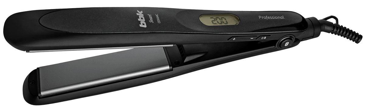 BBK BST3015ILC, Black выпрямитель для волосBST3015ILC черДля создания зеркально-гладких волос разработан ультрасовременный выпрямитель BST3015ILC серии Smart, который обладает новейшими технологиями для идеального результата без повреждения структуры. Профессиональные плавающие пластины с керамическим покрытием равномерно распределяют тепло, предотвращают облом волоса, турмалин и функция ионизации нейтрализуют статическое электричество, исключают спутывание – даже при регулярном использовании устройства сохраняются здоровье и блеск волос. С помощью LCD-дисплея удобно выбирать оптимальную температуру. Автоматическое отключение через 1 час обеспечит дополнительную безопасность. Для фиксации в закрытом виде предусмотрена специальная клавиша на корпусе устройства. Вращающийся шнур защищен от перекручивания. В комплект входят термостойкая перчатка и термостойкий чехол.