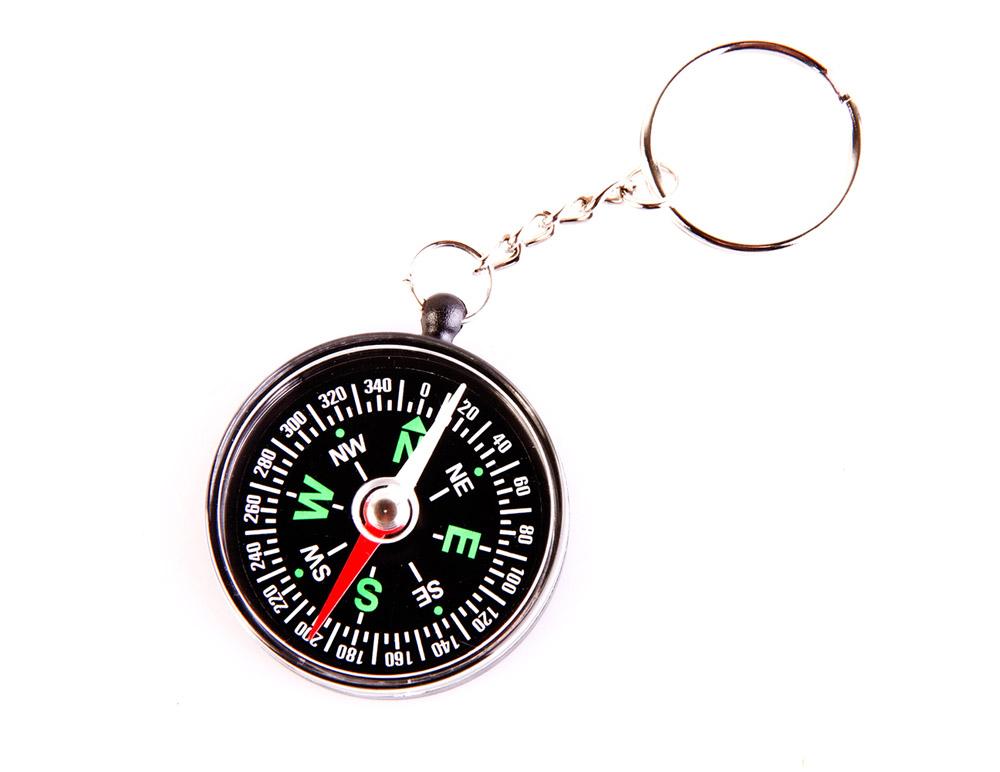 Компас Veber, цвет: черный, C40-211139Туристический компас с цепочкой и кольцом, круглая капсула выполнена из пластмассы. Внутри капсулы размещена магнитная стрелка, на дне капсулы находится циферблат.ОПИСАНИЕ Туристический компас с цепочкой и кольцом, круглая капсула выполнена из пластмассы. Внутри капсулы размещена магнитная стрелка, на дне капсулы находится циферблат. На циферблате имеется шкала градусов с ценой деления 5? и индексы N, NE, E, SE, S, SW, W, NW (N-север, S-юг, E-восток, W-запад, NW-северо-запад, NE-северо-восток, SE-юго-восток, SW-юго-запад). ХарактеристикиЦена деления шкалы азимута 5? Длительность успокоения магнитной стрелки около 7 с. Диапазон рабочих температур от -20?С до +30?С Материал корпуса пластик Габаритные размеры 40х40х11 мм Вес 10 г