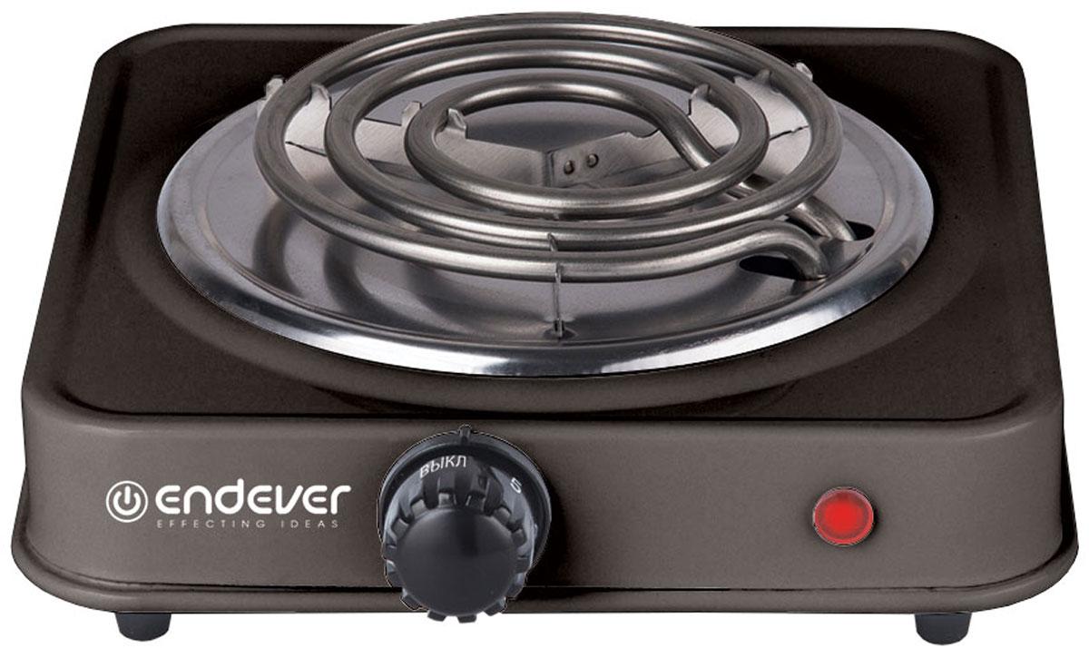 Endever Skyline EP-10, Black плитка электрическаяEP-10В_черныйЭлектрическая плитка Endever Skyline EP-10 пригодится дома и на даче, в студенческом общежитии или на маленькой кухне. Плитка имеет надежное эмалевое покрытие, которое легко чистится, устойчиво к истиранию и долго сохраняет отличный внешний вид. О том, что нагревательный элемент подключен к сети, сигнализирует красный индикатор. Плитка имеет прорезиненные ножки для устойчивого положения на поверхности, весит всего 0.7 кг. Мощность ТЭНа составляет 1 кВт, ее можно регулировать при помощи поворотного переключателя-термостата. Длина шнура составляет 1,6 метра.