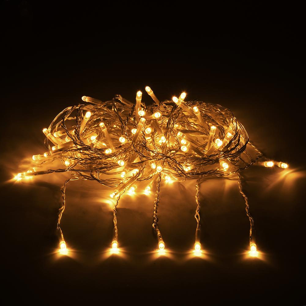 Гирлянда-конструктор электрическая Vegas Занавес, 96 ламп, 6 нитей, свет: желтый, 1 х 2 м55022Новогодняя электрическая гирлянда Vegas Занавес предназначена для внешнего и внутреннего декорирования (дома, рестораны, загородные дома, мероприятия). Может применяться как в зимний период, так и летом. Электрогирлянда Занавес имеет прозрачный провод и состоит из 6 нитей и 96 LED лампы. Общая длина гирлянды: 1 м.Длина одной нити: 2 м.Все гирлянды конструкторы серии Vegas соединяются между собой, как однотипные гирлянды, например, нить, так и различной конфигурации: нить с бахромой, занавесом, звездой и т.п. Есть возможность последовательного соединения до 1 500 LED. Трансформатор НЕ входит в комплект! Приобретается отдельно. Без трансформатора Vegas гирлянду невозможно подключить к электричеству. Электрогирлянды и аксессуары марки Vegas не подключаются к электрогирляндам других производителей. Преимущества гирлянд ТМ Vegas: - абсолютная безопасность для людей и животных (питание 24 v); - большой срок службы (до 25 000 часов); - универсальность (гирлянды имеют прозрачный провод, который впишется в любую цветовую интерьерную гамму, и соединяются между собой при помощи единых влагозащитных коннекторов); - широкий температурный диапазон (возможность использования дома и на улице) температурный режим (от -30°С до +50°С) НО! Монтаж до -15°С;- возможность индивидуального, неповторимого дизайна (широкий выбор форм и размеров, возможность подключения до 1 500 LED в одну линию, вся цепь работает от одной розетки без заметной потери яркости); - для индивидуальной сборки системы вам помогут дополнительные аксессуары: Удлинитель - позволяет удлинить системуУдлинитель с розетками - позволяет удлинить систему и присоединять до пяти ответвлений разной конфигурацииПровод с 20 ответвлениями - позволяет удлинять систему и создавать световой занавес любой длиныРазветвитель - позволяет удлинять систему и подключать одновременно до пяти гирлянд из одной точки (с помощью разветвителя украшают де