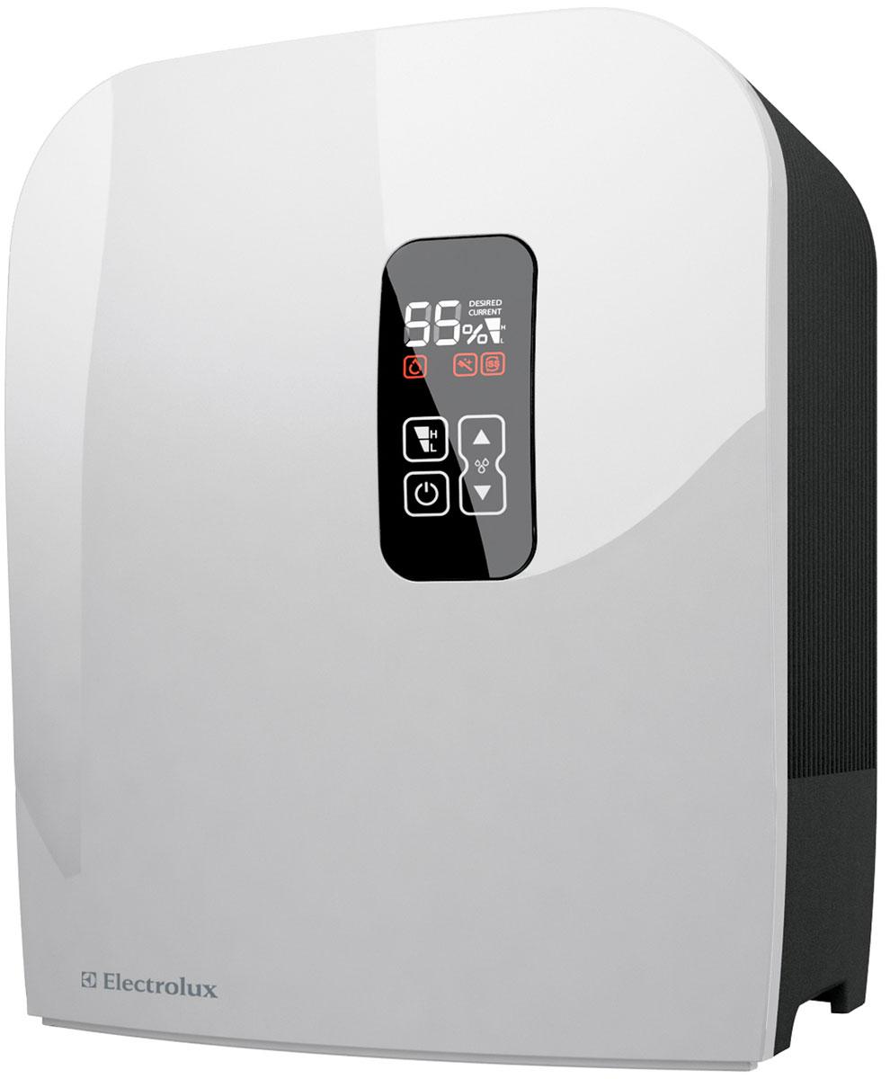 Electrolux EHAW-7515D, White мойка воздухаНС-0081794Мойка воздуха Electrolux EHAW-7515D - современный функциональный прибор в компактном корпусе для очистки и увлажнения воздуха в помещениях.Данная модель чрезвычайно удобна в использовании. Уход за ней предельно прост и занимает не более 5 минут в неделю. Достаточно сполоснуть диски под душем и установить на место. Благодаря такой конструкции мойка воздуха Electrolux не нуждается в сменных фильтрах и дополнительных аксессуарах.Для спокойного и комфортного сна в приборе предусмотрен специальный ночной режим SMART, который позволяет отключать светящийся в темноте дисплей до первого прикосновения. Наличие функции блокировки кнопок позволяет предупредить ошибочные нажатия на кнопки управления и обезопасить прибор от детей и домашних животных.