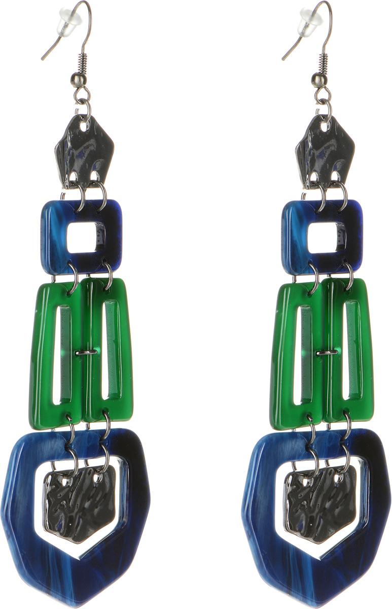 Серьги Selena Accenta, цвет: темно-зеленый, синий. 20091280Серьги-люстрыСерьги Selena Accenta изготовлены из латуни и ацетата. Изделие оснащено удобным замком-петлей. Итальянский ацетат - это дорогой высококачественный полимер, широко применяемый в модной индустрии. Он обладает удивительной особенностью имитировать самые разные природные рисунки и фактуры. Коллекция Accenta - это гимн современности! Модели выполнены в стиле элегантный кэжуал и глэм-рок, они органично впишутся в образ и молодых девушек, и взрослых женщин, чьи взгляды на моду свежи и открыты новому. Все украшения Accenta комплектуются между собой и создают гармоничный ансамбль. Украшения можно носить в любое время года, они уместны на празднике, на прогулке и на работе.