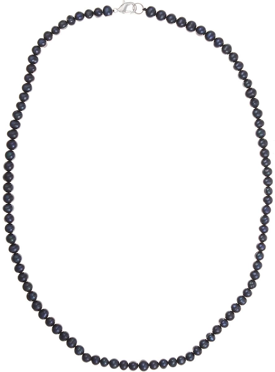 Бусы Art-Silver, цвет: синий, длина 60 см. КЖ7-8АА60-1149Колье (короткие одноярусные бусы)Бусы Art-Silver подчеркнут изящество и непревзойденный вкус своей обладательницы. Они выполнены из бижутерного сплава и культивированного жемчуга диаметром 7 мм.Изделие оснащено удобным замком-карабином.Культивированный жемчуг — это практичный аналог природного жемчуга. Бусинки из прессованных раковин помещаются внутрь устрицы и возвращаются в воду. Когда бусины покрываются перламутром, их извлекают из моллюска. Форма жемчужины получается идеально ровной с приятным матовым блеском.