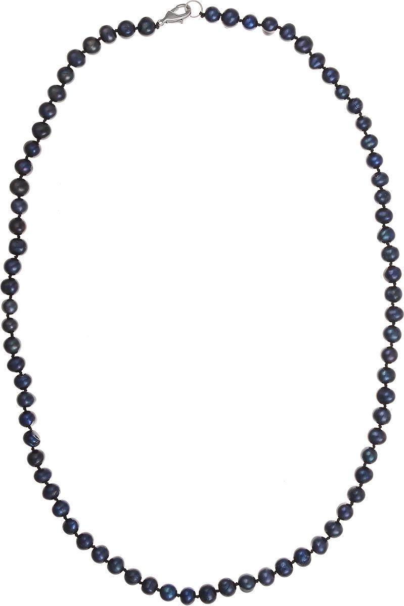 Бусы Art-Silver, цвет: синий, длина 60 см. КЖ7-8А+60-709Колье (короткие одноярусные бусы)Бусы Art-Silver подчеркнут изящество и непревзойденный вкус своей обладательницы. Они выполнены из бижутерного сплава и культивированного жемчуга диаметром 7 мм.Изделие оснащено удобным замком-карабином.Культивированный жемчуг — это практичный аналог природного жемчуга. Бусинки из прессованных раковин помещаются внутрь устрицы и возвращаются в воду. Когда бусины покрываются перламутром, их извлекают из моллюска. Форма жемчужины получается идеально ровной с приятным матовым блеском.