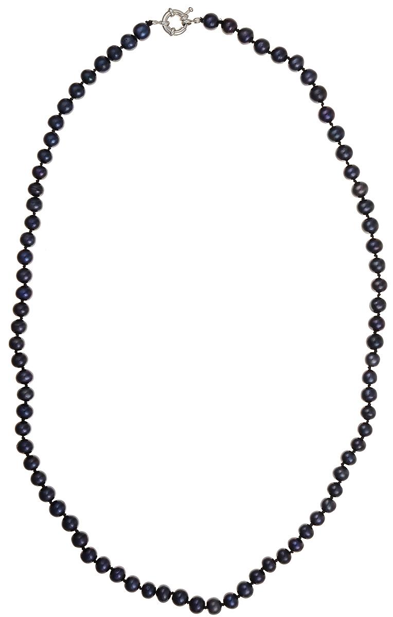 Бусы Art-Silver, цвет: синий, длина 60 см. КЖ7-8А60-562Колье (короткие одноярусные бусы)Бусы Art-Silver подчеркнут изящество и непревзойденный вкус своей обладательницы. Они выполнены из бижутерного сплава и культивированного жемчуга диаметром 7 мм.Изделие оснащено удобным замком-карабином.Культивированный жемчуг — это практичный аналог природного жемчуга. Бусинки из прессованных раковин помещаются внутрь устрицы и возвращаются в воду. Когда бусины покрываются перламутром, их извлекают из моллюска. Форма жемчужины получается идеально ровной с приятным матовым блеском.