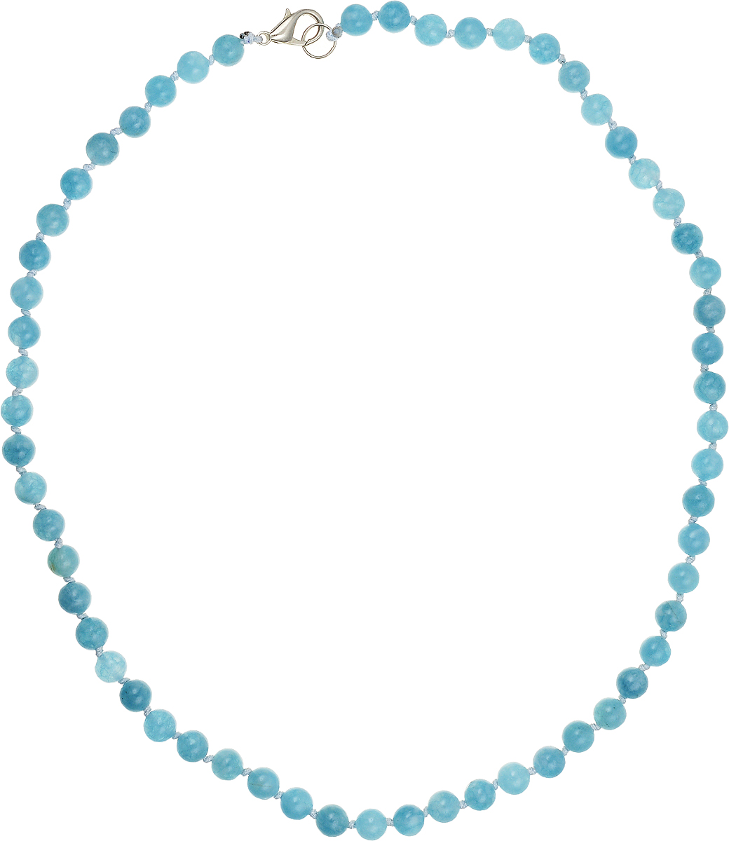 Бусы Art-Silver, цвет: голубой, длина 45 см. АК6-45-211Колье (короткие одноярусные бусы)Бусы Art-Silver подчеркнут изящество и непревзойденный вкус своей обладательницы. Они выполнены из бижутерного сплава и аквамаринадиаметром 6 мм.Изделие оснащено удобным замком-карабином.Аквамарин - камень необыкновенной красоты, имеющий нежно-голубую окраску. Считается, что украшения из аквамарина способны менять свой цвет в зависимости от капризовпогоды и настроения своего владельца. Уже несколько столетий минерал является талисманом моряков, благодаря своим способностям усмирять разбушевавшуюся стихию. Магические свойства камня проявляются не только на природных явлениях. Ему под силу успокаивать бурю человеческих эмоций. Аквамарин помогает обрести друзей и избавиться от одиночества. Поскольку самоцвет считается «водным» камнем, то его также рекомендуют дляснятия отеков, налаживания водно-солевого баланса в организме.
