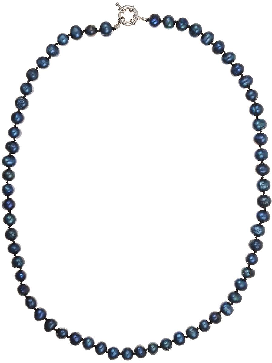 Бусы Art-Silver, цвет: синий, длина 50 см. КЖ7-8А+50-587Колье (короткие одноярусные бусы)Бусы Art-Silver подчеркнут изящество и непревзойденный вкус своей обладательницы. Они выполнены из бижутерного сплава и культивированного жемчуга диаметром 6 мм.Изделие оснащено удобным замком-карабином.Культивированный жемчуг - это практичный аналог природного жемчуга. Бусинки из прессованных раковин помещаются внутрь устрицы и возвращаются в воду. Когда бусины покрываются перламутром, их извлекают из моллюска. Форма жемчужины получается идеально ровной с приятным матовым блеском.