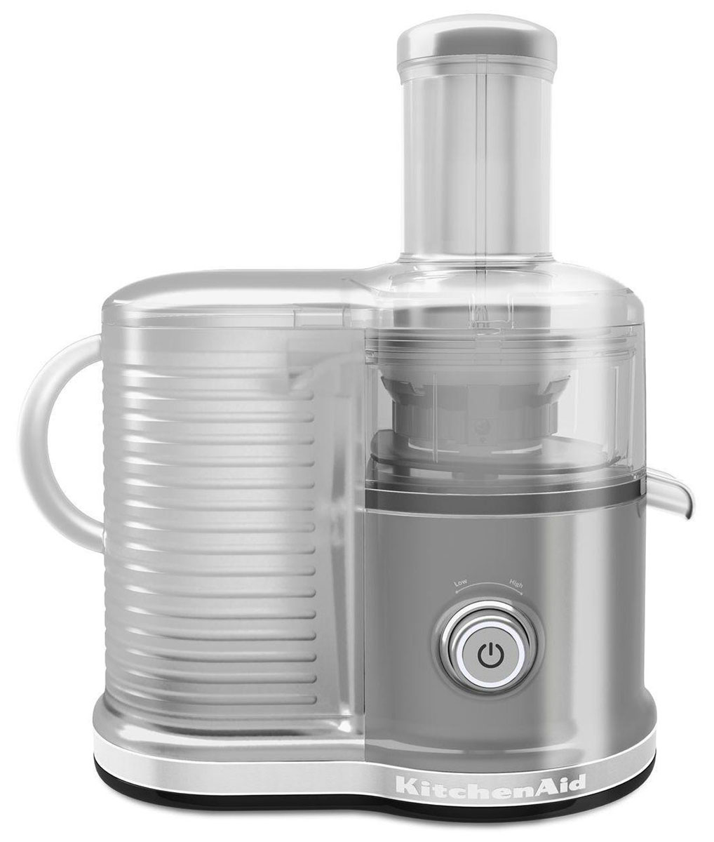 KitchenAid Artisan 5KVJ0333, Silver соковыжималка5KVJ0333EMSСкоростная центрифужная соковыжималка KitchenAid Artisan 5KVJ0333 имеет две скорости для мягких и твердых фруктов и овощей, что увеличивает объем получаемого сока, сокращая количество отходов.Экстра широкое жерло и толкатель подходит для фруктов и овощей разных размеров, сокращая время предварительной нарезки.Капля-стоп для контролирования вытекания сока.Контроль объема мякоти с помощью фильтра с 3-мя регулируемыми настройками позволяет регулировать объем мякоти в соке для приготовления однородных овощных соков или более густых фруктовых соков.