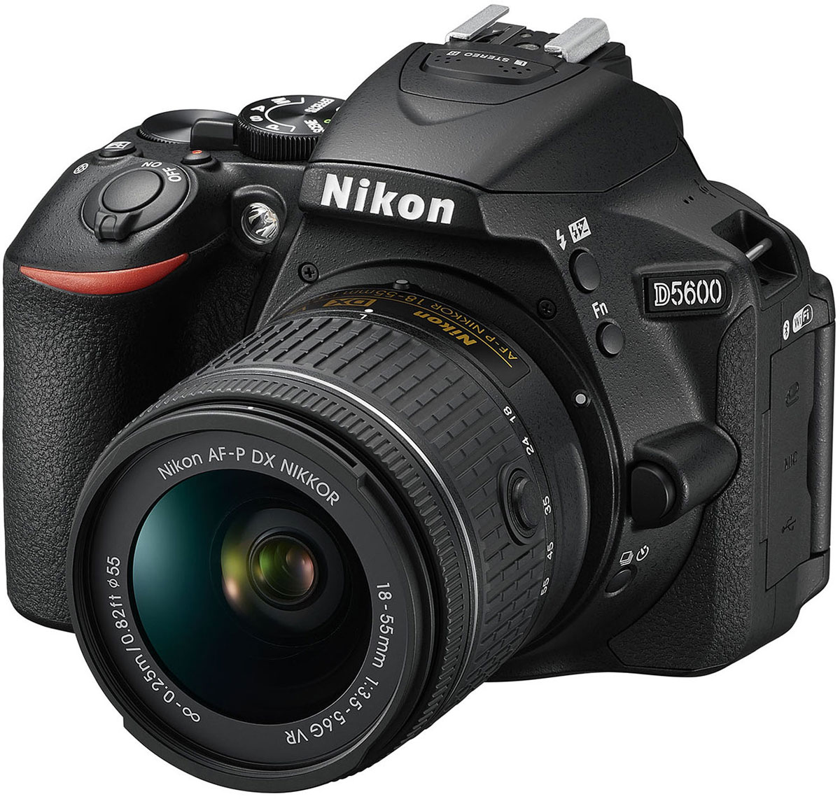 Nikon D5600 Kit 18-55 VR, Black цифровая зеркальная камераVBA500K001Следуйте за своим вдохновением, вооружившись фотокамерой Nikon D5600 с постоянным подключением.Фотокамера D5600, оснащенная большой матрицей формата DX с разрешением 24,2 млн пикселей, может четко воспроизводить тончайшие текстуры и создавать изображения с потрясающей детализацией. Ваши друзья и подписчики в социальных сетях увидят на каждом снимке именно то, что вы хотели показать.Диапазон чувствительности 100–25 600 единиц ISO и расширенная до 6400 единиц ISO чувствительность в режиме Ночной пейзаж позволяет с легкостью получать отличные результаты при недостаточной освещенности и сложных условиях освещения.Система обработки изображений EXPEED 4 обеспечивает превосходное понижение шума даже при высоких значениях чувствительности ISO. А благодаря широкому выбору сменных объективов NIKKOR вы сможете с легкостью создавать изображения с эффектно размытым фоном и богатыми тональными оттенками.Революционное приложение SnapBridge от компании Nikon использует технологию подключения Bluetooth low energy, обеспечивая постоянную связь между фотокамерой и совместимым интеллектуальным устройством. Подключение фотокамеры к интеллектуальному устройству не вызовет никаких сложностей. После этого фотокамера сможет синхронно передавать фотографии на устройство по мере съемки, при этом не нужно тратить время на повторное подключение.Фотокамера обладает безупречной эргономикой, что позволяет вам полностью сосредоточиться на процессе съемки. Создавайте кадры с великолепной композицией благодаря высококачественному оптическому видоискателю, обеспечивающему исключительно четкое изображение с объектива. Если вам нужно сосредоточиться на объекте съемки, использование видоискателя позволяет отмежеваться от солнечного света и других помех. Также вы сможете крепче удерживать фотокамеру при использовании телеобъектива. Удобное расположение диска управления и мультиселектора позволяет легко менять настройки во время съемки.Теп