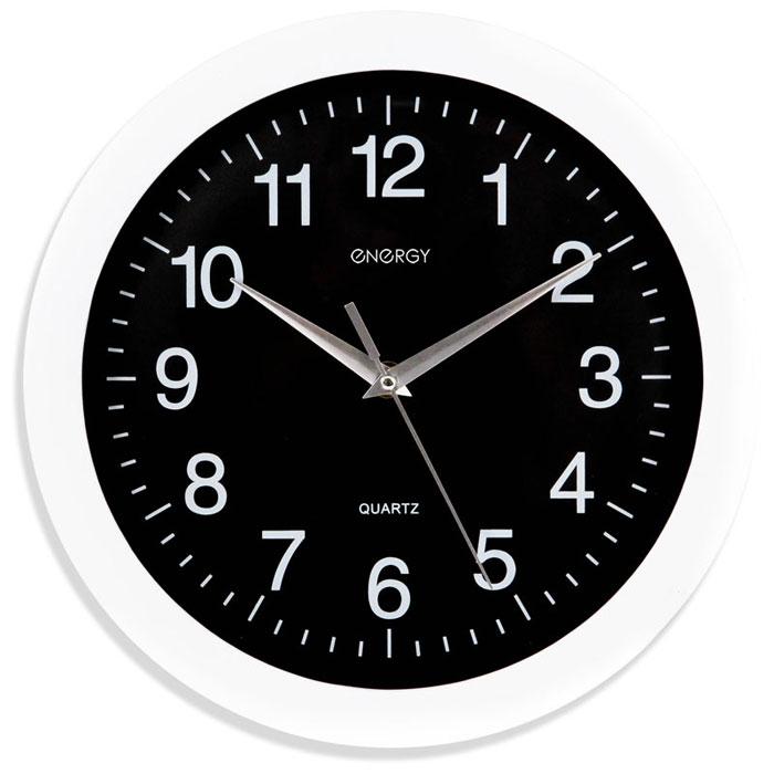 Energy ЕС-03, White Black настенные часы54 009303Настенные кварцевые часы с плавным ходом Energy ЕС-03 имеют классический строгий дизайн и поэтому подойдут как для дома, так и для офиса. Крупные цифры белого цвета отлично различимы в условиях плохого освещения. Питание осуществляется от 1 батарейки типа АА (в комплект не входит).