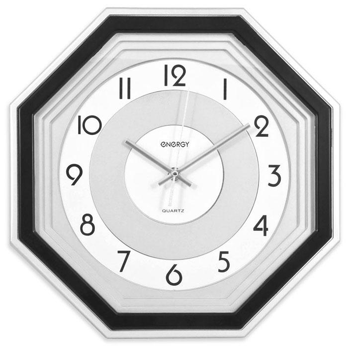 Energy ЕС-12, Black White Silver настенные часы54 009312Настенные кварцевые часы с плавным ходом Energy ЕС-12 имеют классический строгий дизайн и поэтому подойдут как для дома, так и для офиса. Крупные цифры черного цвета на светлом фоне отлично различимы даже в условиях плохого освещения. Питание осуществляется от 1 батарейки типа АА (в комплект не входит).