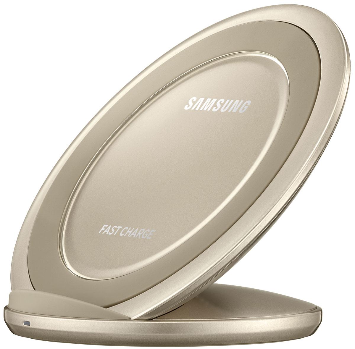 Samsung EP-NG930 беспроводное зарядное устройство, GoldEP-NG930BFRGRUЛегко и быстро зарядить аккумулятор смартфона можно даже без подключения кабеля непосредственно к microUSB-разъёму устройства. Достаточно просто разместить совместимое мобильное устройство на специальной подставке с функцией быстрой зарядки.Во время зарядки вы можете с комфортом продолжать пользоваться всеми функциями смартфона, а благодаря вертикальной подставке вы не пропустите ни одного уведомления или сообщения.Данное зарядное устройство идеально подходит для просмотра мультимедийных файлов, так как беспроводная зарядка поддерживается и в вертикальном и в горизонтальном положениях смартфона.