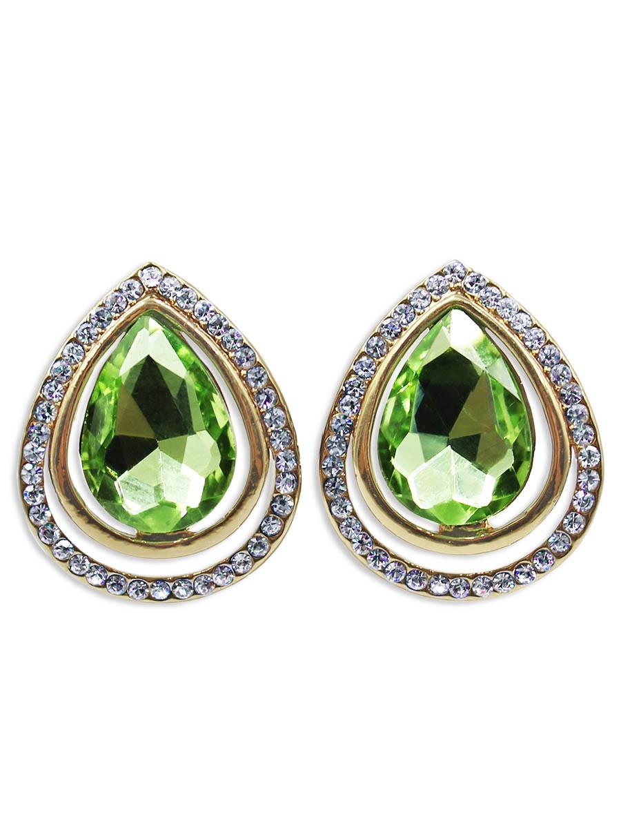Серьги Taya, цвет: золотистый, светло-зеленый. T-B-12434Серьги с подвескамиСерьги с английским замком изготовлены из бижутерного сплава. За счет нежного сочетание чуть тонированного цвета страз и расположение изящного кристалла украшение выглядит хрупко.