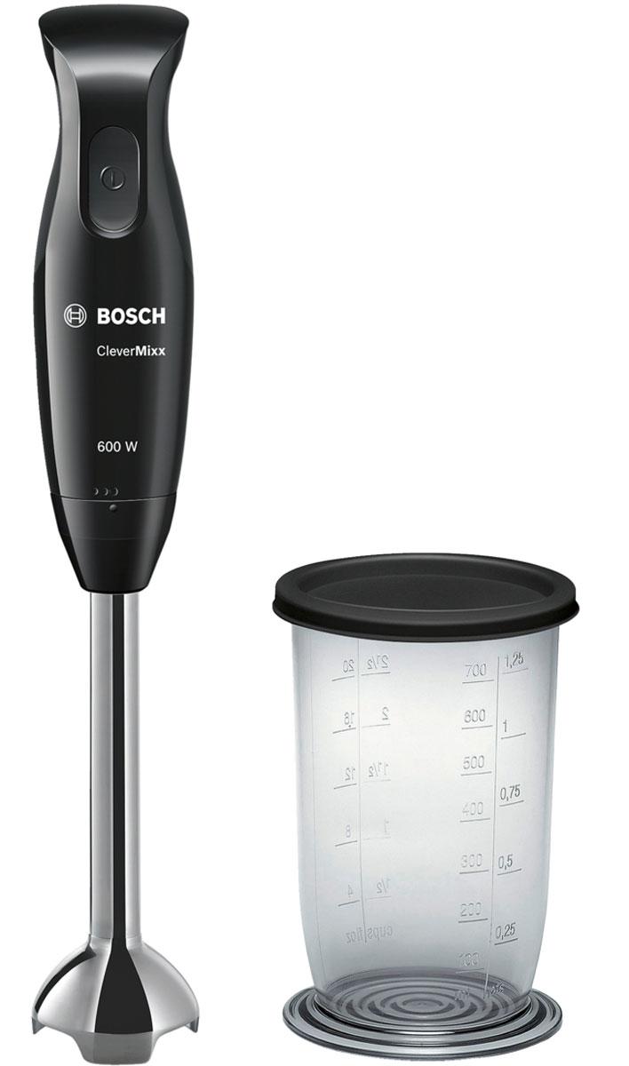Bosch MSM2610B, Black блендерMSM2610BГотовить с удовольствием при помощи погружного блендера Bosch CleverMixx. Отличный результат за минимально короткое время: мощный мотор 600 Ватт. Благодаря эргономичной ручкой CleverMixx удобно лежит в руке, а малый вес делает его удобным в использовании. Смешивает и измельчает качественно и без брызг благодаря специальной конструкции.