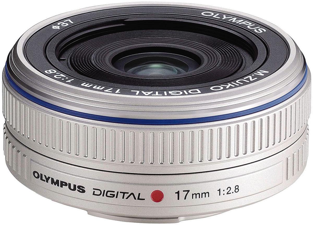 Olympus M.Zuiko Digital 17mm 1:2.8 Pancake, Silver объективN3593592Объектив Olympus M.Zuiko Digital 17mm 1:2.8 Pancake еще более компактный, чем существующий объектив блинчик стандарта 4/3. Этот объектив стандарта Микро 4/3 имеет длину всего 22 мм и весит 71 г. Круговая диафрагма с 5 лепестками обеспечивает выразительное боке. Этот широкоугольный ультра компактный объектив блинчик станет идеальным выбором для повседневной съемки и съемки путешествий.Даже если вы только начали заниматься фотографией, с этим объективом вы можете рассчитывать на снимки хорошего качества. Объектив обладает скругленной диафрагмой с пятью лепестками, что позволит вам создать мягкий естественный расфокус.Объектив нравится пользователям своей универсальностью: он отлично подходит для пейзажной съемки, портретной, стрит-фото. Объектив также можно использовать для съемки крупным планом.