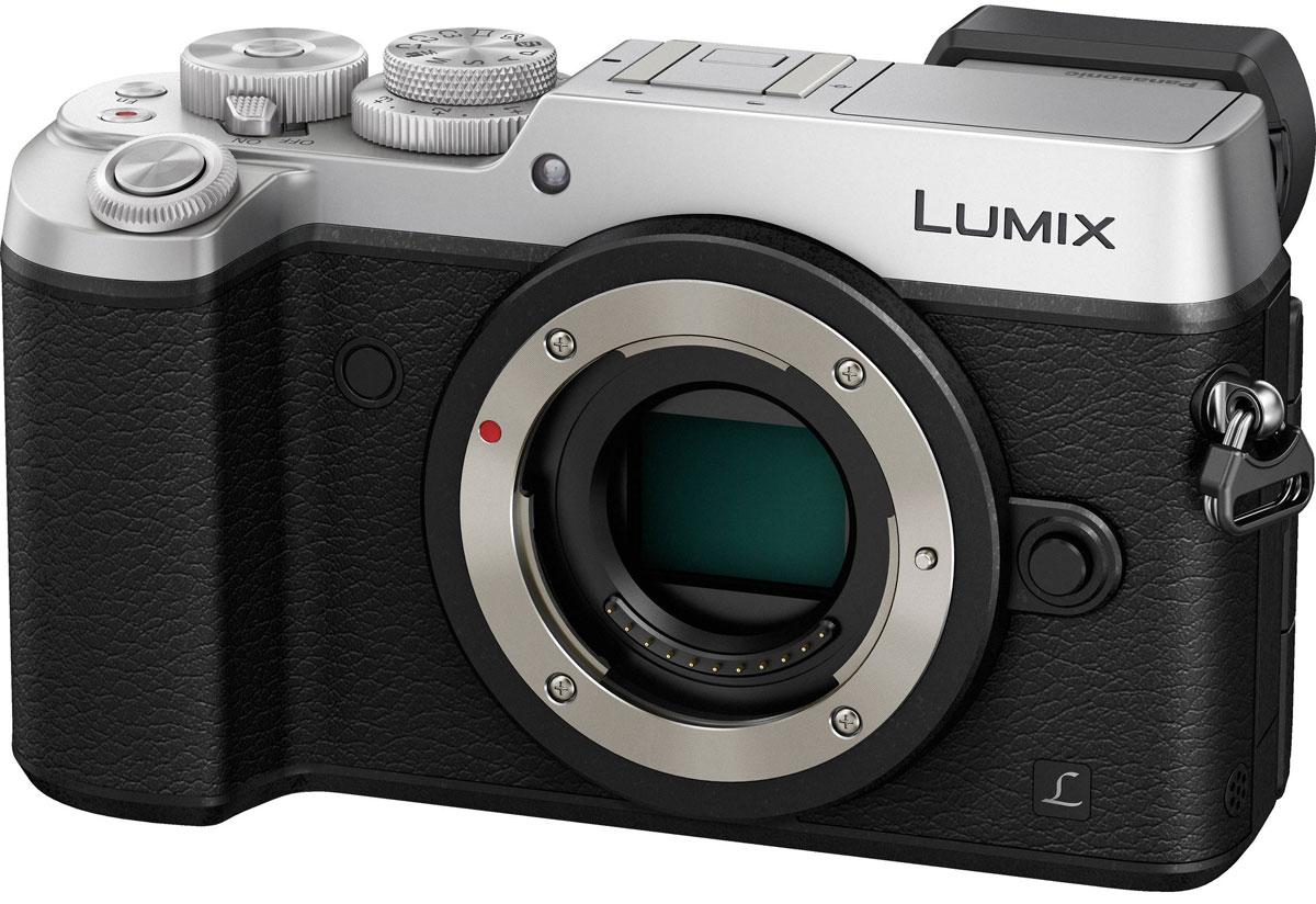 Panasonic Lumix DMC-GX8 Body, Silver цифровая фотокамераDMC-GX8EE-SКамера Panasonic Lumix DMC-GX8 оснащена 20,3-мегапиксельным сенсором, двойным стабилизатором изображения, функцией записи 4К видео и фото, что позволяет снимать объекты в наилучшем качестве. Тщательно разработанную конструкцию камеры оценят даже профессиональные фотографы.Модель оснащена двойным стабилизатором изображения Dual I.S. для еще более эффективной коррекции дрожания рук. Одновременная работа стабилизатора корпуса и объектива обеспечивает оптимальный эффект. Благодаря расширенному углу коррекции (до 3.5х) можно получать четкие снимки при съемке с рук даже в условиях низкой освещенности.Фотокамера оснащена новым 20.3-мегапиксельным сенсором Digital Live MOS, который обеспечивает наилучшее качество изображения в истории цифровых камер линейки LUMIX G. Благодаря сенсору достигается высокоскоростная серийная съемка, высокочувствительная запись вплоть до ISO 25 600 и более широкий динамический диапазон. Сочетание сенсора Digital Live MOS и процессора Venus Engine обеспечивает четкую передачу цветов с минимальным шумом даже в условиях низкой освещенности, а также потрясающее качество изображения.Процессор Venus Engine с технологией подавления шумов Multi Prosess Noise Reduction, трехмерной регулировкой цветности и щелевым фильтром для максимально точного воспроизведения цвета и достижения высокой четкости и естественности изображения. Сочетание высокочувствительною сенсора High Sensitivity MOS и процессора Venus Engine обеспечивает потрясающее качество изображения. Процессор Venus Engine также отлично справляется с компенсацией дифракции, что позволяет делать четкие снимки даже при малых значениях диафрагмы.Камера позволяет снимать изображения в формате RAW и обрабатывать их, корректируя следующие настройки: цветовое пространство (sRGB/AdobeRGB), баланс белого, компенсацию экспозиции, стиль фотографии, интеллектуальное управление динамическим диапазоном, контрастность, свет/тень, насыщенность, уме