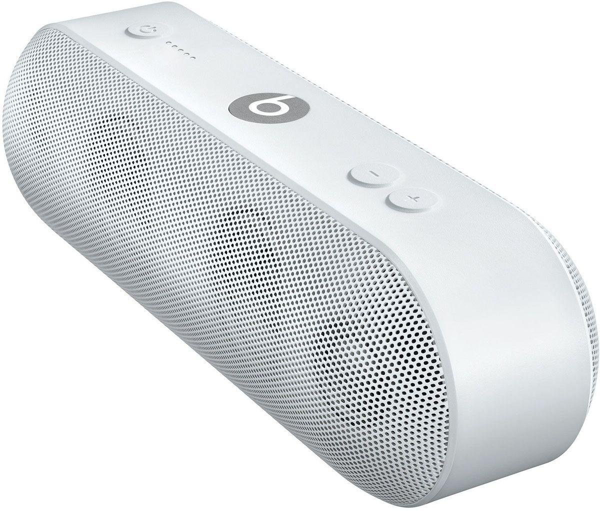 Beats Pill+, White портативная акустическая системаML4P2ZE/AАкустическая система Beats Pill+ полностью портативна и наполняет комнату богатым и чистым звучанием - удивительно мощным и чётким. Стильный интерфейс Beats Pill+ интуитивно понятен и открывает совершенно новые возможности для совместного прослушивания музыки.Стереосистема с активным двухканальным кроссовером создаёт великолепное звуковое поле с широким динамическим диапазоном и чётким звучанием во всех музыкальных жанрах. В раздельных динамиках высоких и низких частот используется такая же акустическая схема, как в профессиональных студиях звукозаписи по всему миру.Благодаря продуманному дизайну Beats Pill+ звучит так же хорошо, как и выглядит. В его простом и интуитивно понятном интерфейсе нет ничего лишнего, и включить любимую музыку очень легко.Объедините Beats Pill+ в пару с iPhone, MacBook или любым другим устройством Bluetooth, чтобы слушать музыку, смотреть видео и играть в игры с великолепным качеством звука. Или объедините их в пару с Apple Watch для максимального удобства.Beats Pill+ работает 12 часов без подзарядки - слушайте музыку целый день. Нет времени ждать? Зарядите динамик через прилагаемый кабель Lightning и адаптер питания всего за три часа. Индикатор заряда позволяет отслеживать оставшееся время работы аккумулятора.Пусть музыка играет без остановки: заряжайте iPhone или внешнее музыкальное устройство от динамика Beats Pill+.Загрузите приложение Beats Pill+ из App Store, чтобы разблокировать функции, которые помогут вам с друзьями погрузиться в яркий мир музыки. Подключите второй динамик и слушайте музыку совершенно по-новому. Получайте программные обновления и обращайтесь за технической поддержкой в приложении.