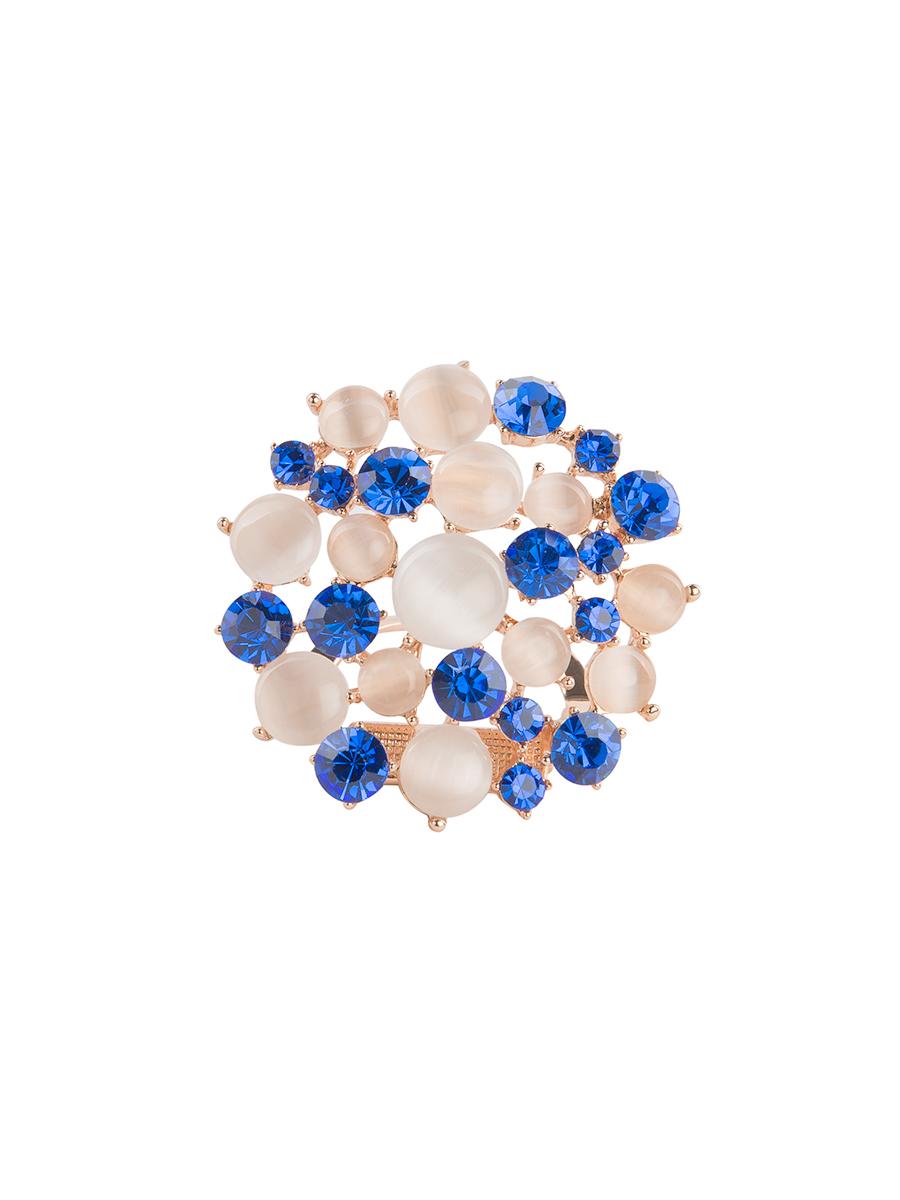 Зажим для платка Charmante, цвет: белый, синий. ZZ037Кольцо для платкаОригинальный зажим для платка Charmante выполнен из металла и декорирован цветными стразами и бусинами. Зажим круглой формы застегивается на клипсу. Стильный зажим для платка придаст вашему образу изюминку и подчеркнет индивидуальность.