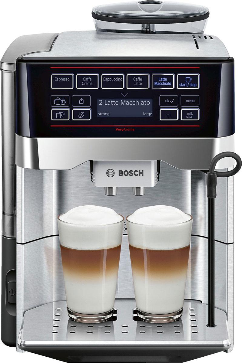 Bosch TES60729RW VeroAroma кофемашинаTES60729RWBosch TES60729RW - разнообразие вкусных кофейных напитков быстро и просто. Нажатием одной кнопки вы приготовите выбранный рецепт сразу в 2 чашки для себя и друга. Прибор выполнен из высококачественной стали, что отражает его еще больший антураж и стиль.Многообразие рецептов: эспрессо, кафе крема, капучино, кафе латте, латте макиато и другое. Изысканные напитки вкусно и быстро.OneTouch DoubleCup: одновременное приготовление напитков с молоком сразу для двух чашек.Инновационный проточный нагреватель Intelligent Heater inside: правильная температура заваривания кофе и полноценный аромат благодаря технологии SensoFlowSystem.MilkClean: чистка молочной системы нажатием одной кнопки. Гигиенично, быстро и просто.Еще больший комфорт обеспечит подсветка чашек.Single Portion Cleaning: автоматическое удаление остатков воды из подводящих трубок после каждого заваривания