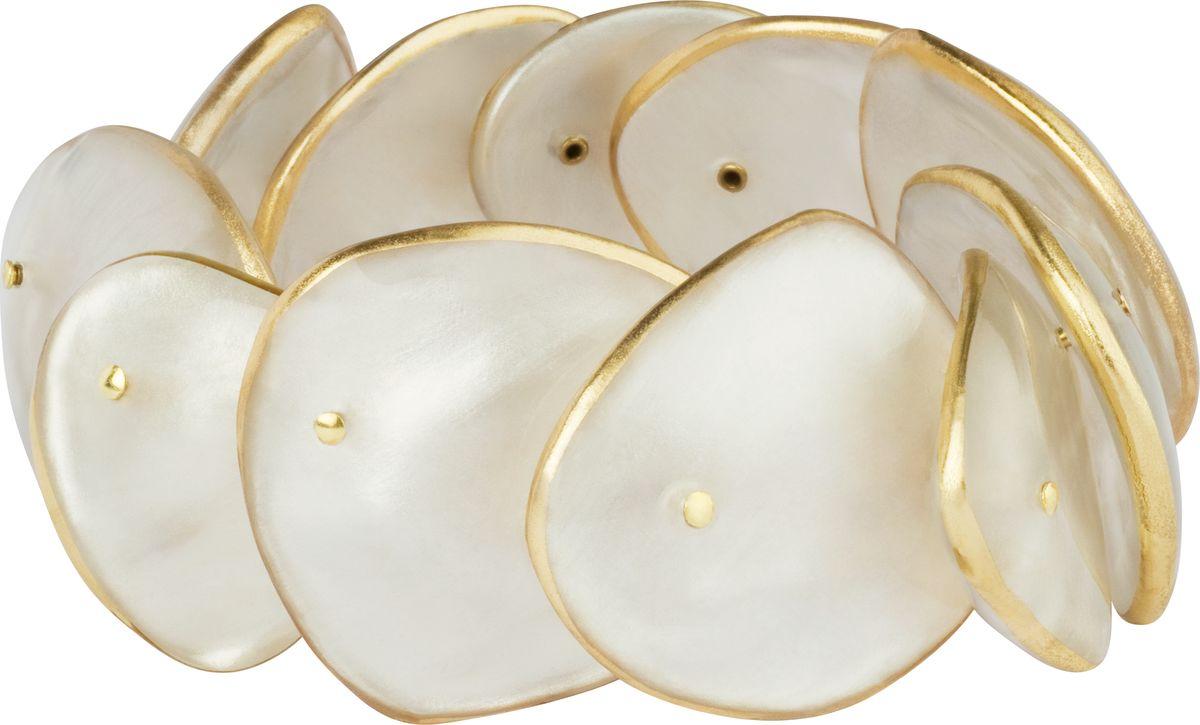 Браслет Lalo Treasures, цвет: белый, золотой. B2521Браслет с подвескамиОригинальный браслет Lalo Treasures выполнен из ювелирной смолы и металлического сплава. Браслет выполнен из декоративных элементов, соединенных между собой.Стильное украшение поможет дополнить любой образ и привнести в него завершающий яркий штрих.