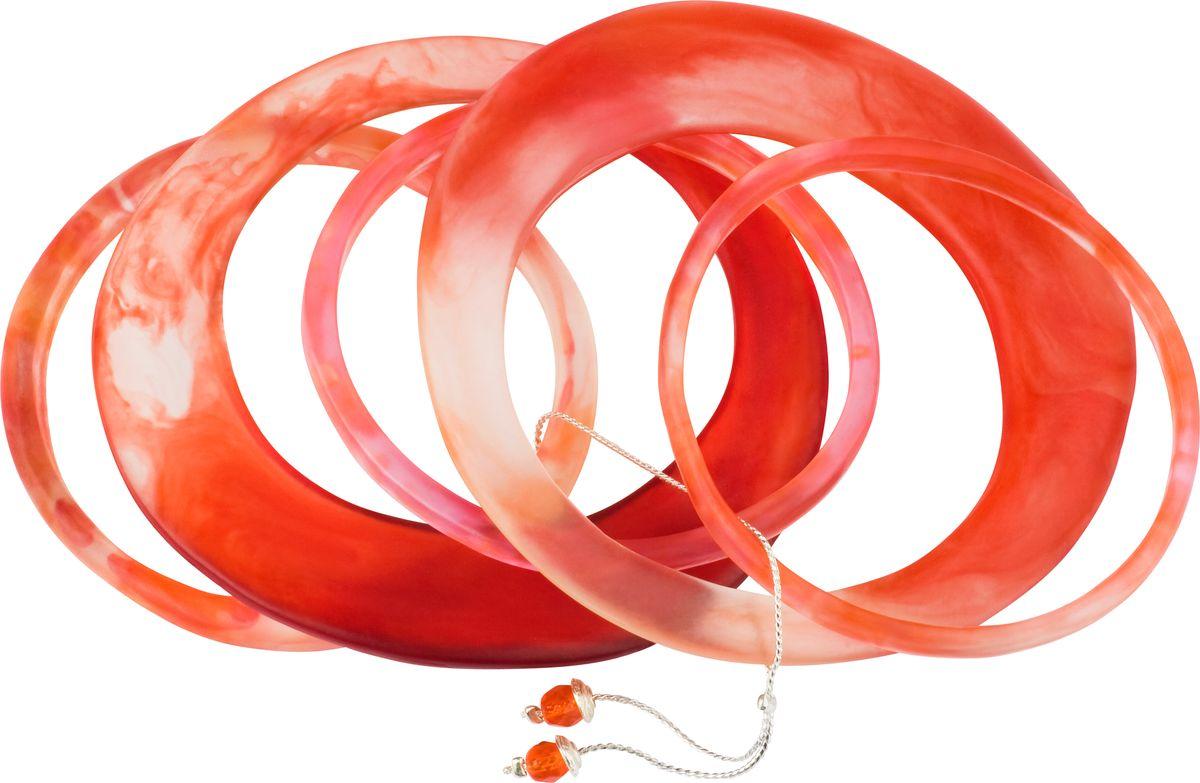 Браслет Lalo Treasures, цвет: красный. Bn2511/1Браслет с подвескамиОригинальный браслет Lalo Treasures выполнен из ювелирной смолы и металлического сплава. Декоративные элементы собраны на металлическую цепочку с бусинами.Стильное украшение поможет дополнить любой образ и привнести в него завершающий яркий штрих.