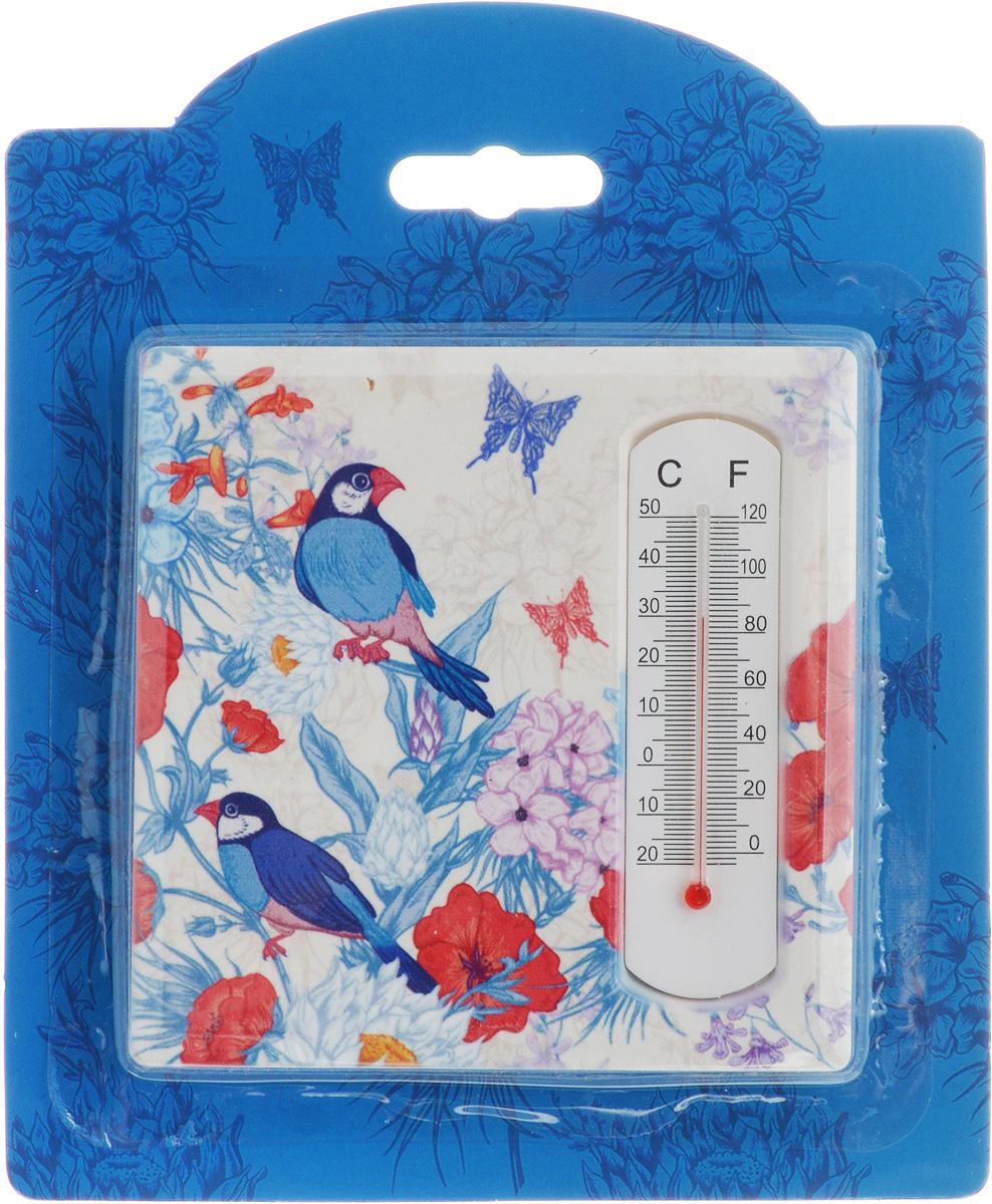 Термометр декоративный Magic Home, 10 х 10 см. 4340943409Комнатный термометр Magic Home, изготовленный из фаянса, декорирован оригинальным изображением. Термометр имеет шкалу измерения температуры по Цельсию (-20°С - +50°С) и по Фаренгейту (-0°F - +120°F).Благодаря такому термометру вы всегда будете точно знать, насколько тепло в помещении. Изделие оснащено специальной петелькой для подвешивания и ножкой для расположения на столе. Оригинальный дизайн не оставит равнодушным никого. Термометр удачно впишется в обстановку жилого помещения.
